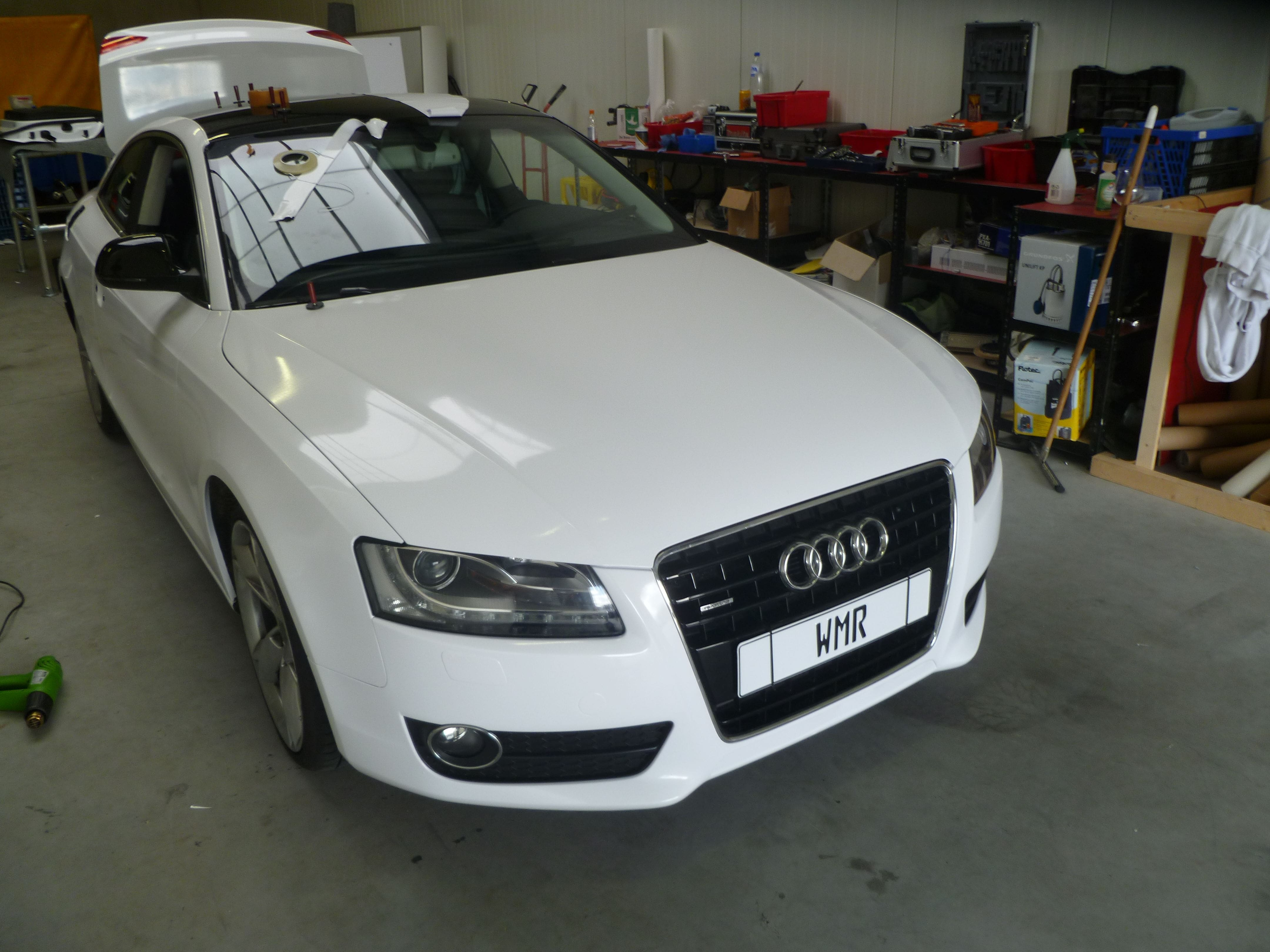 Audi A5 coupe met Metallic Witte Wrap, Carwrapping door Wrapmyride.nu Foto-nr:4720, ©2020