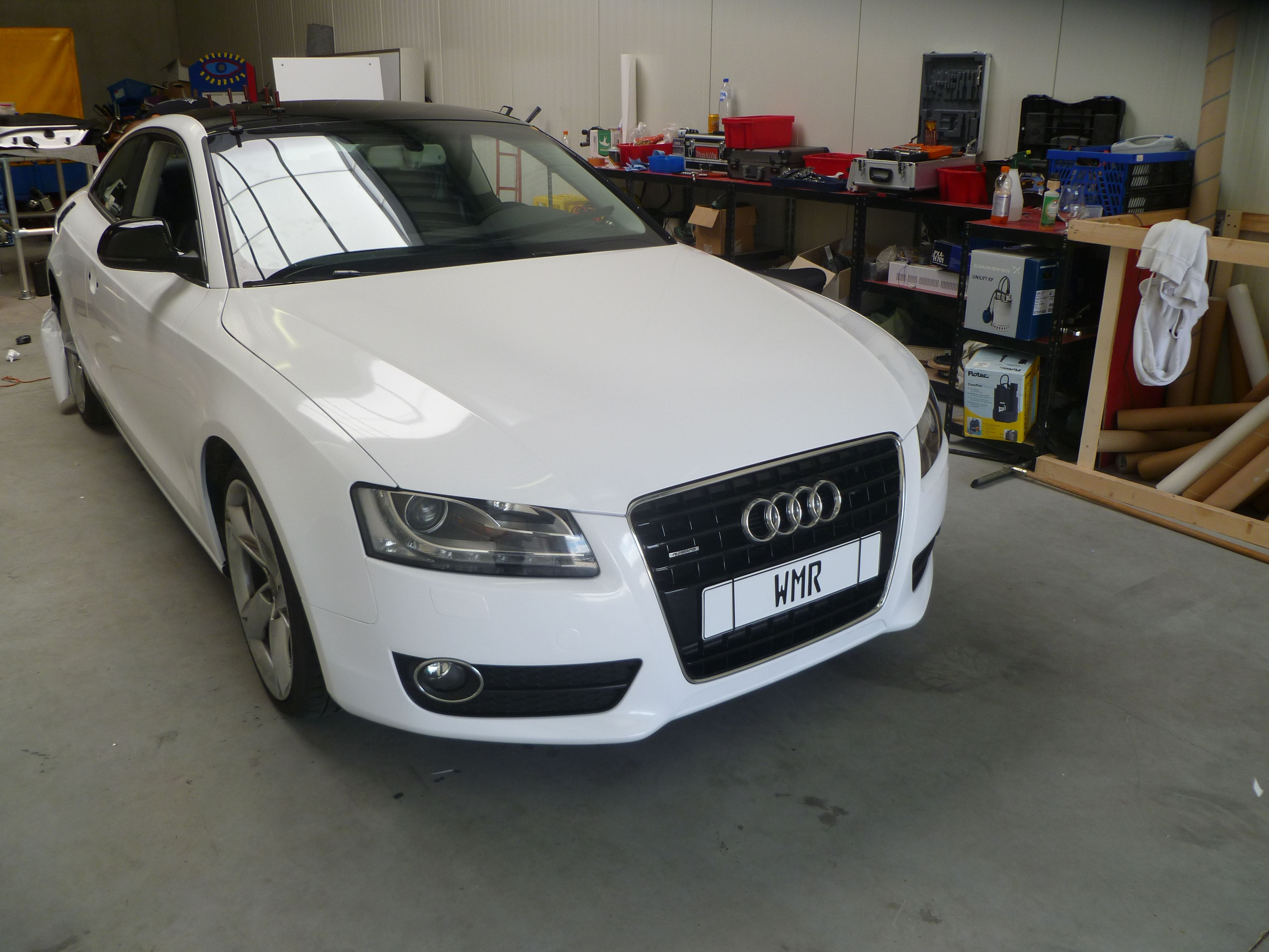 Audi A5 coupe met Metallic Witte Wrap, Carwrapping door Wrapmyride.nu Foto-nr:4721, ©2020