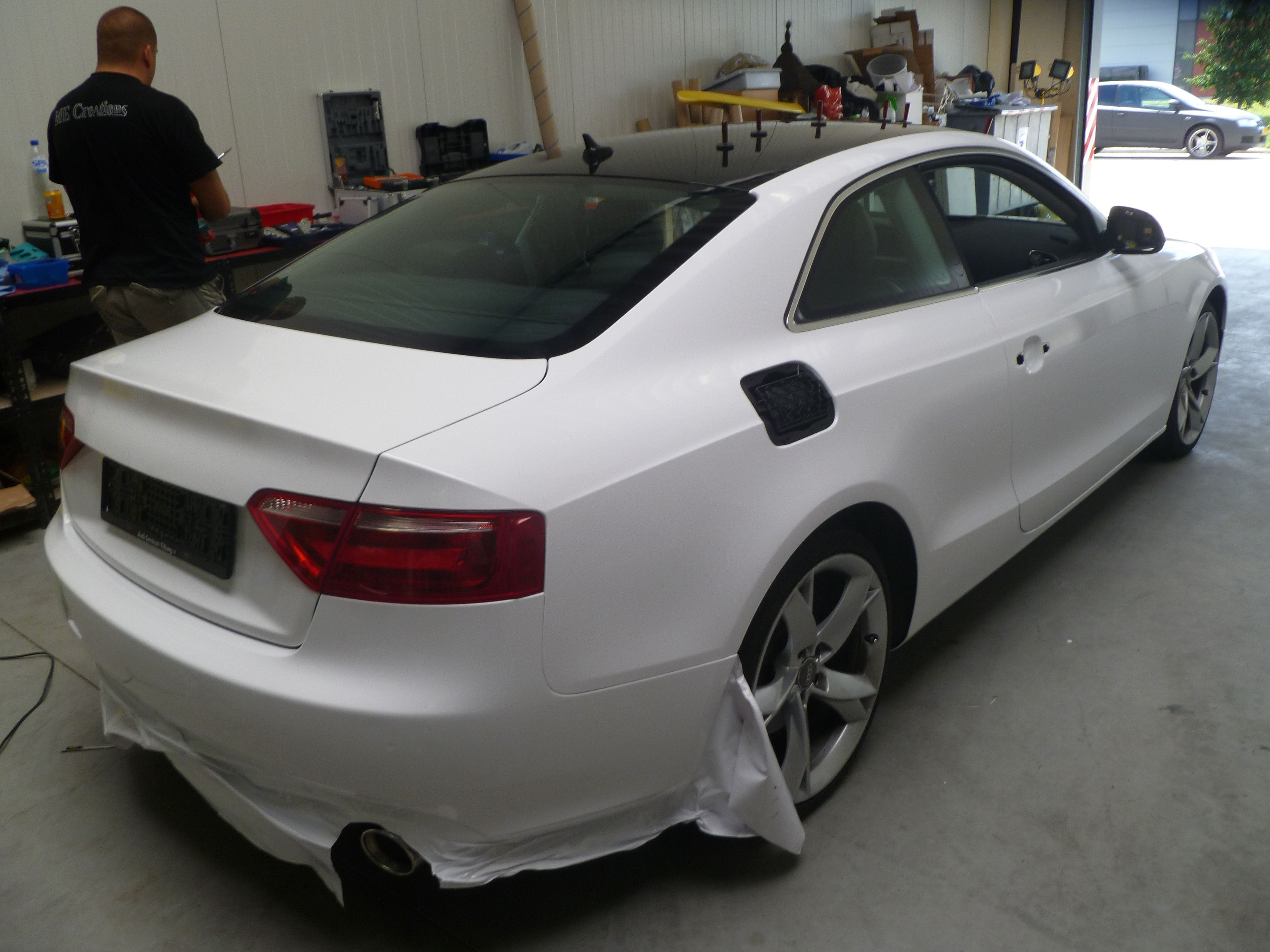 Audi A5 coupe met Metallic Witte Wrap, Carwrapping door Wrapmyride.nu Foto-nr:4722, ©2020
