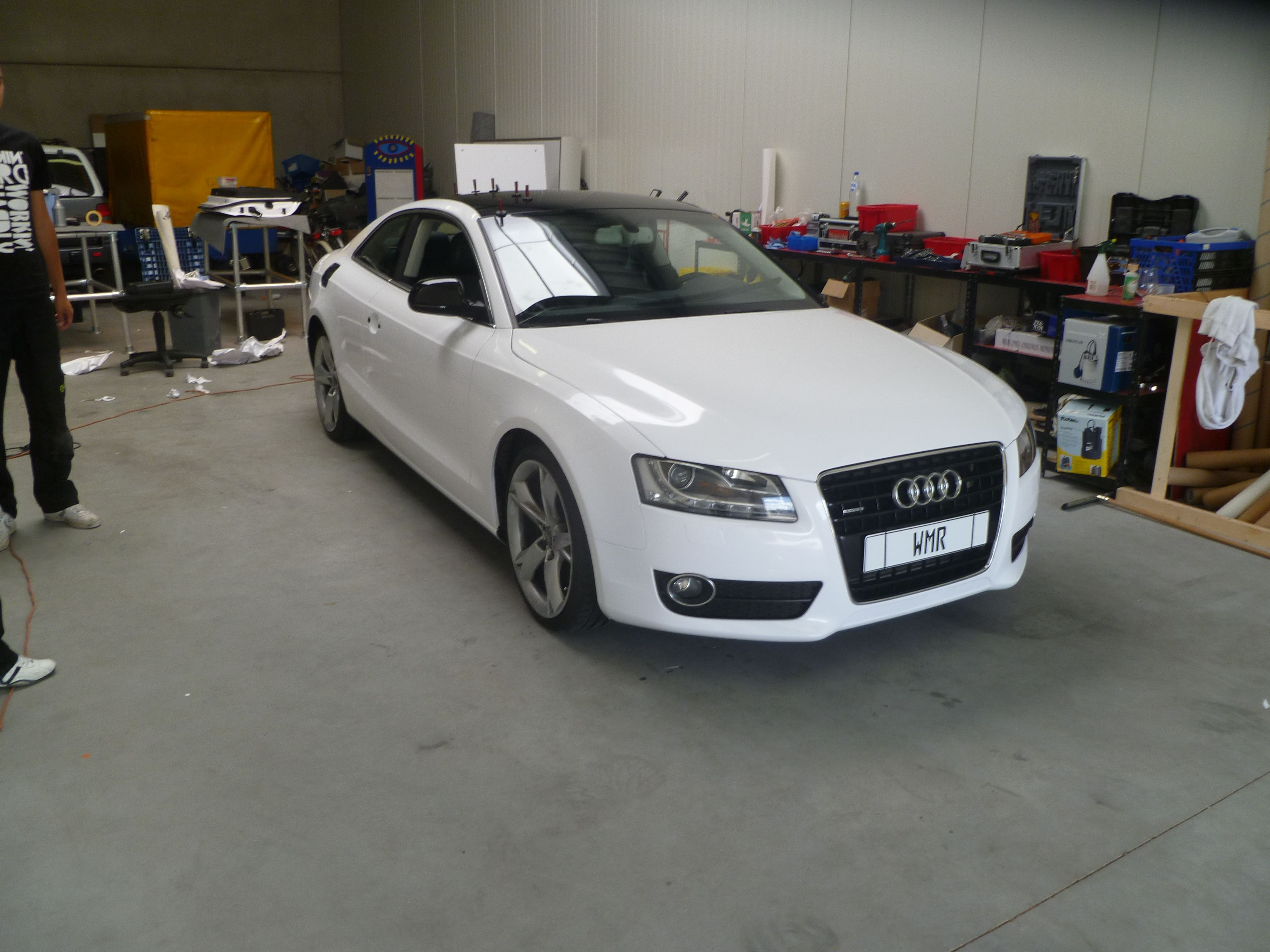 Audi A5 coupe met Metallic Witte Wrap, Carwrapping door Wrapmyride.nu Foto-nr:4724, ©2020