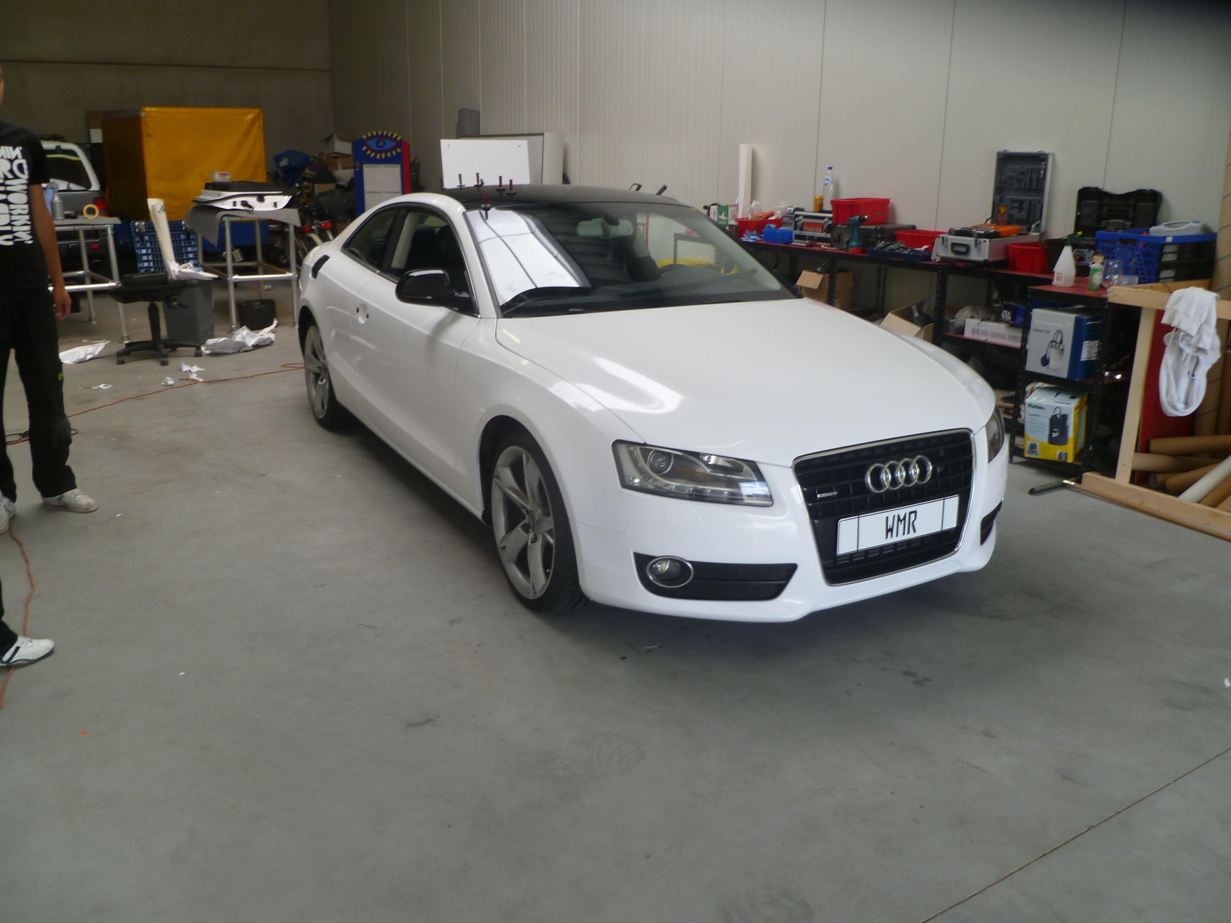 Audi A5 coupe met Metallic Witte Wrap, Carwrapping door Wrapmyride.nu Foto-nr:4724, ©2021