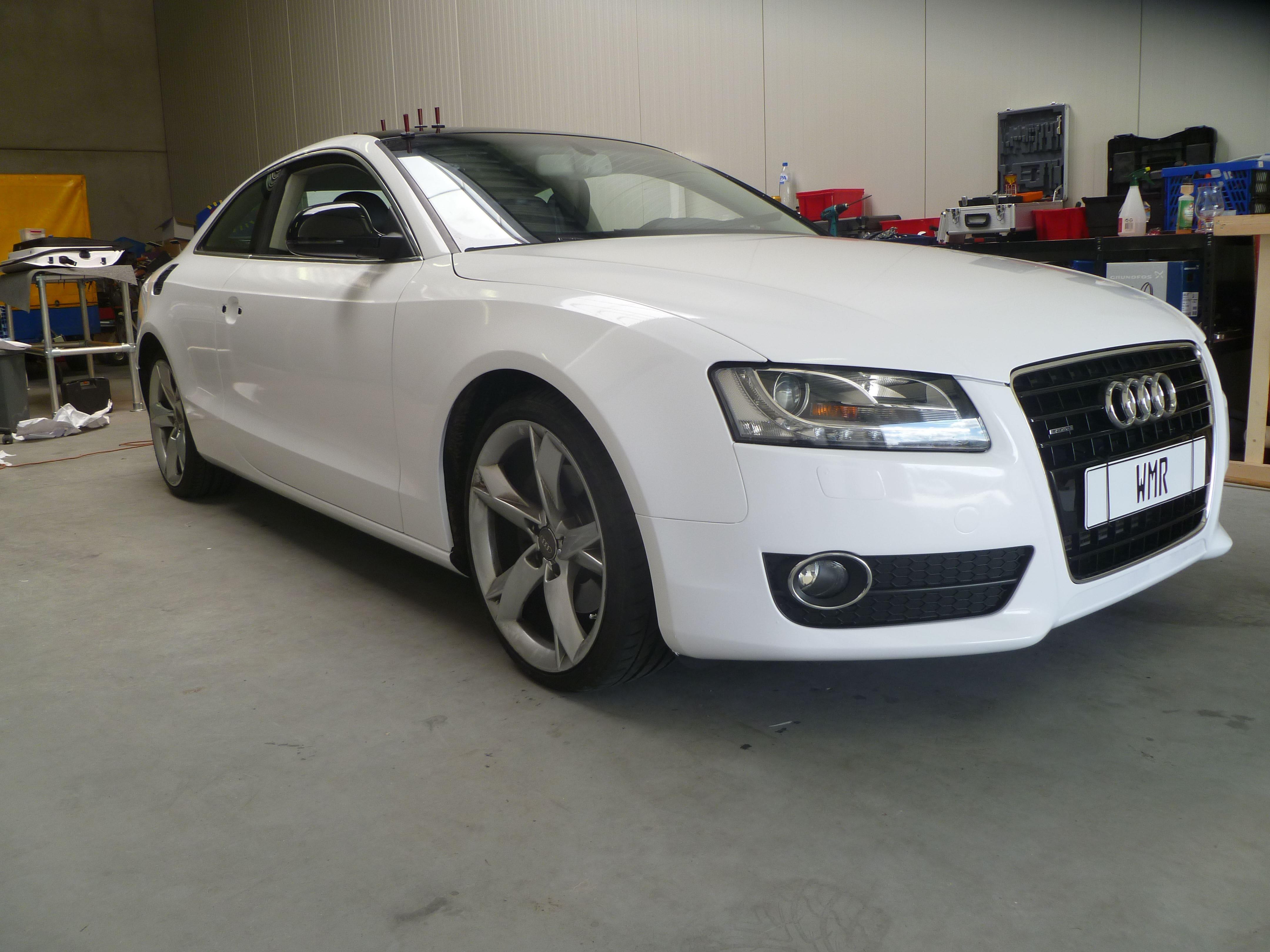 Audi A5 coupe met Metallic Witte Wrap, Carwrapping door Wrapmyride.nu Foto-nr:4725, ©2021
