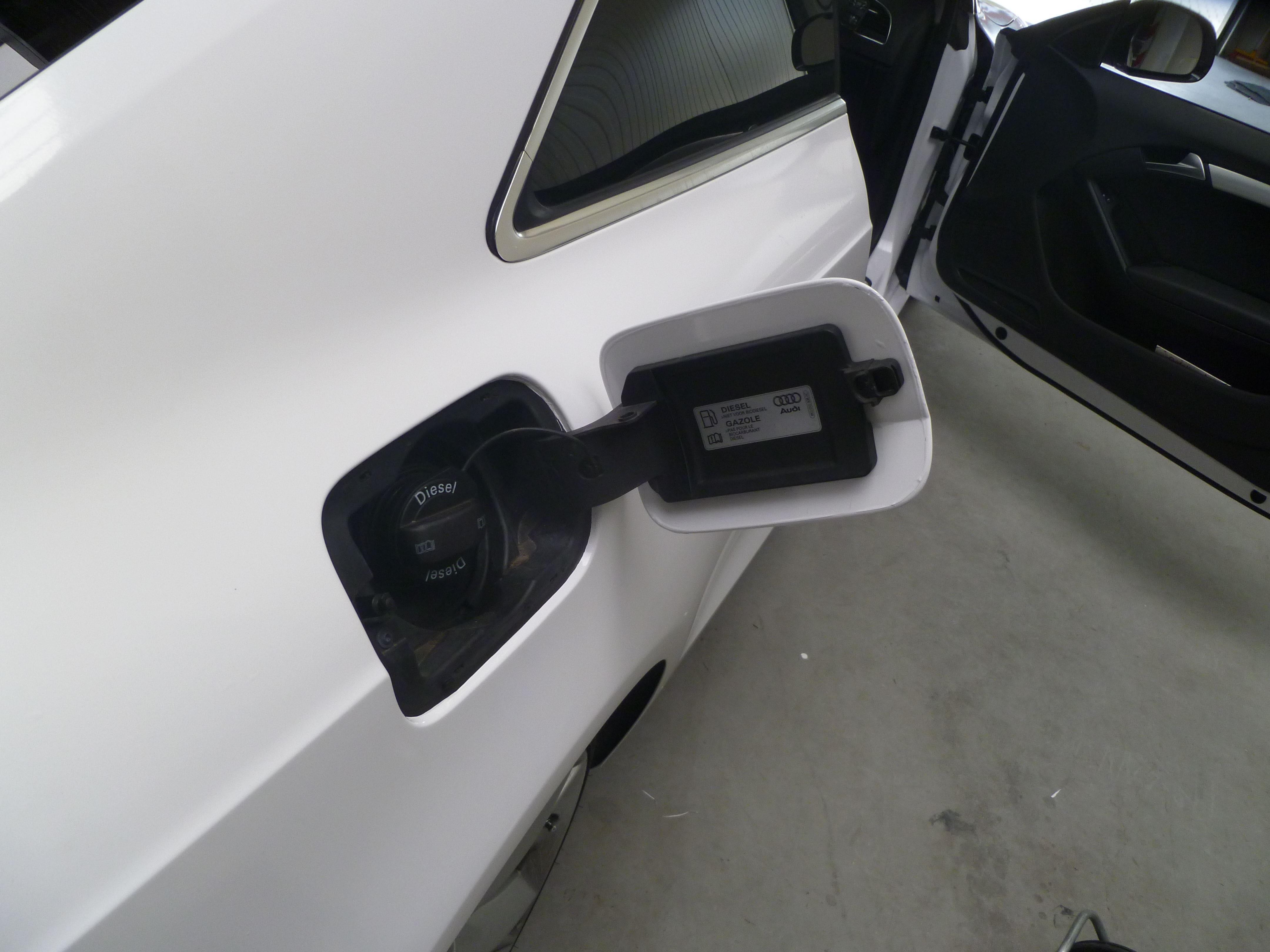 Audi A5 coupe met Metallic Witte Wrap, Carwrapping door Wrapmyride.nu Foto-nr:4732, ©2021