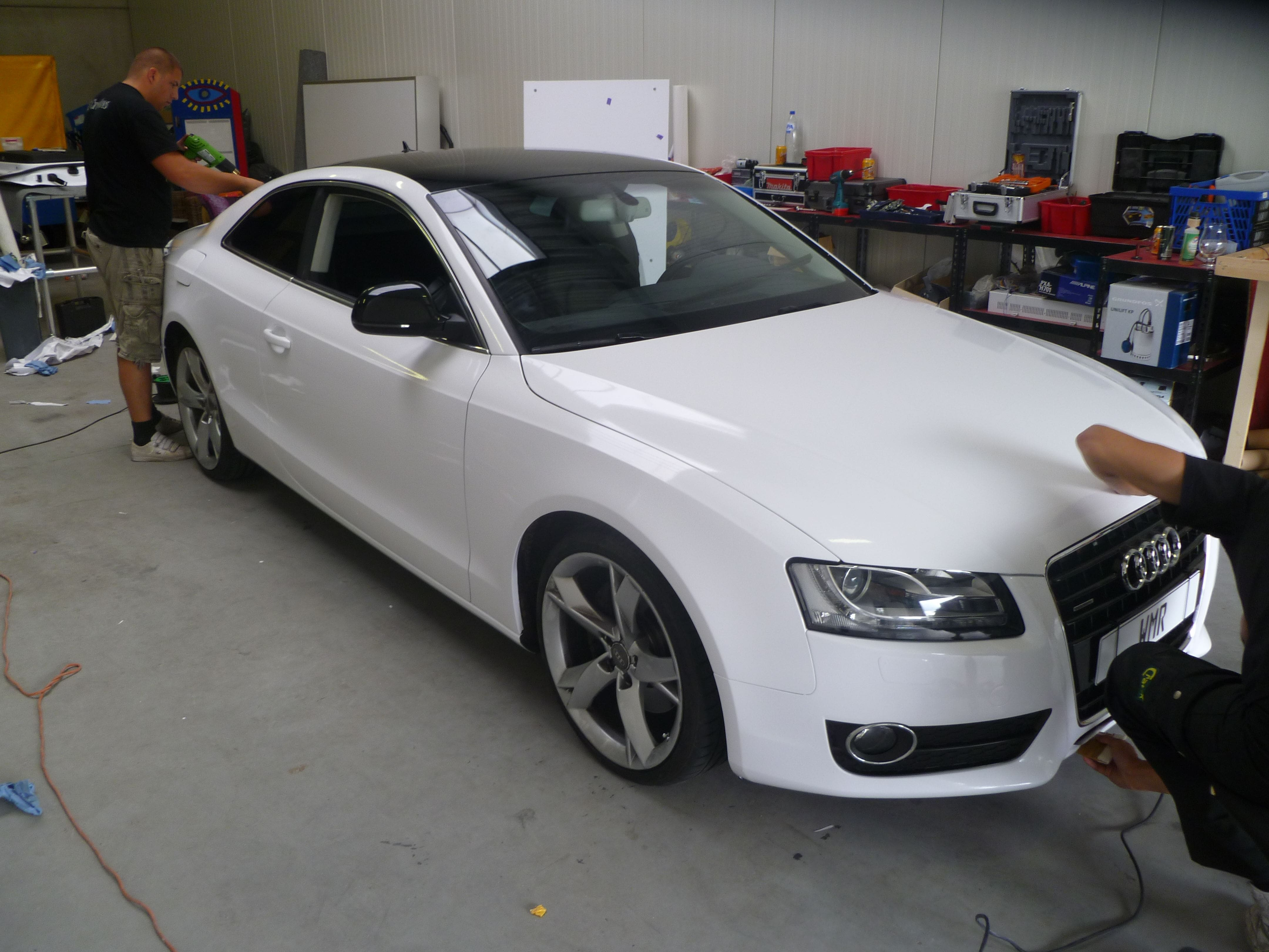 Audi A5 coupe met Metallic Witte Wrap, Carwrapping door Wrapmyride.nu Foto-nr:4733, ©2020