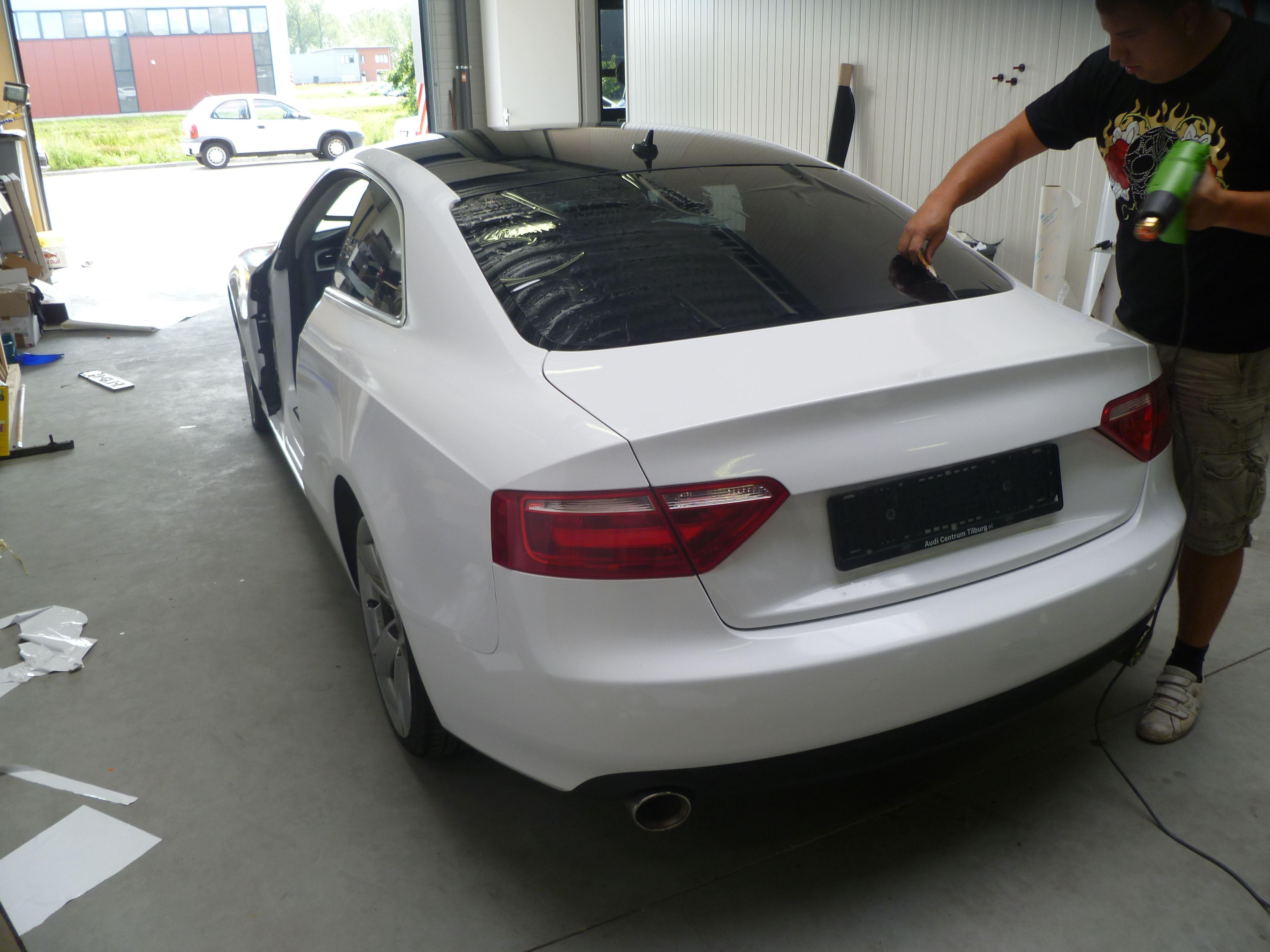 Audi A5 coupe met Metallic Witte Wrap, Carwrapping door Wrapmyride.nu Foto-nr:4735, ©2021