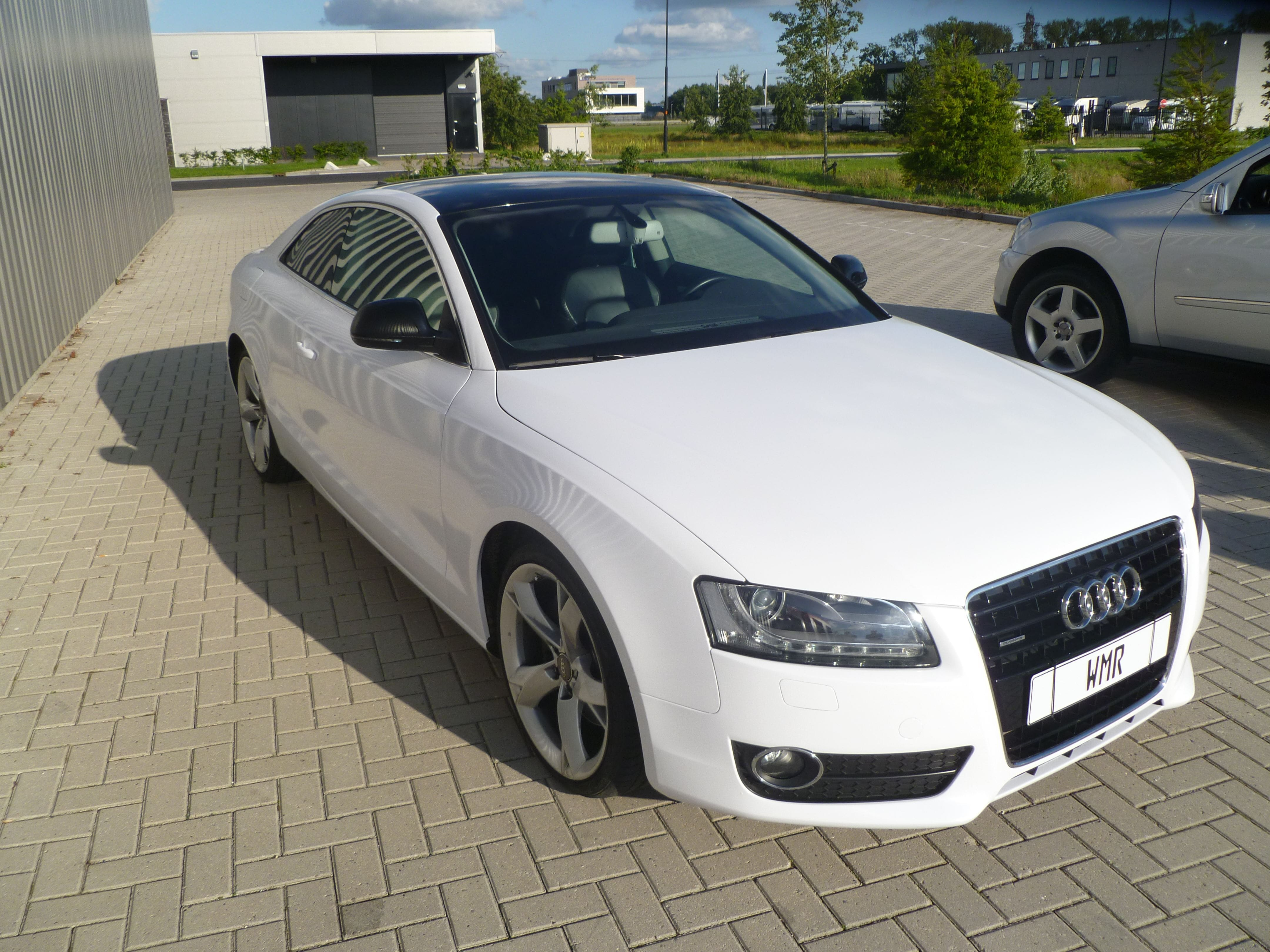 Audi A5 coupe met Metallic Witte Wrap, Carwrapping door Wrapmyride.nu Foto-nr:4746, ©2020