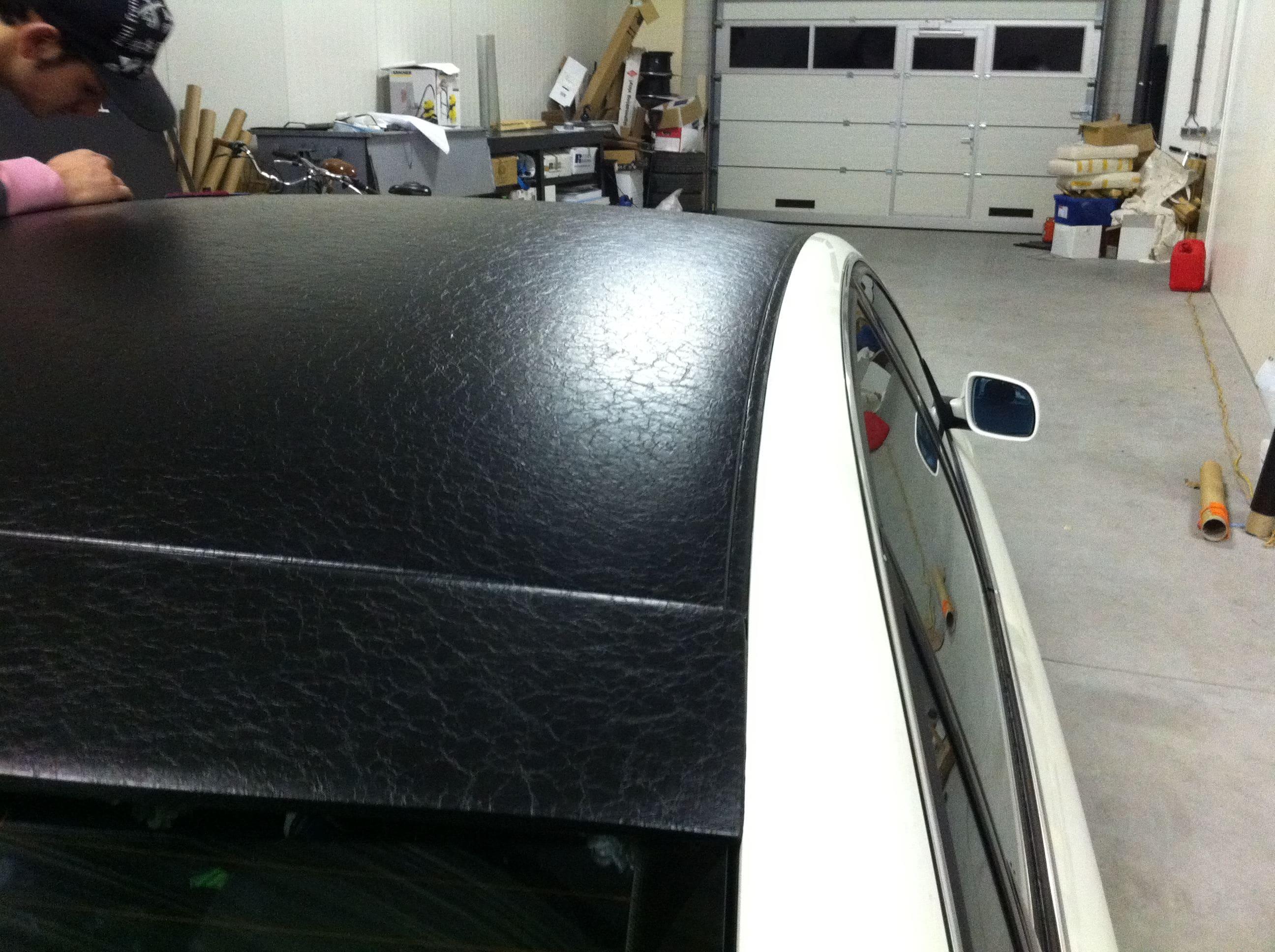 Audi A6 met zwart lederen dak, Carwrapping door Wrapmyride.nu Foto-nr:7476, ©2021