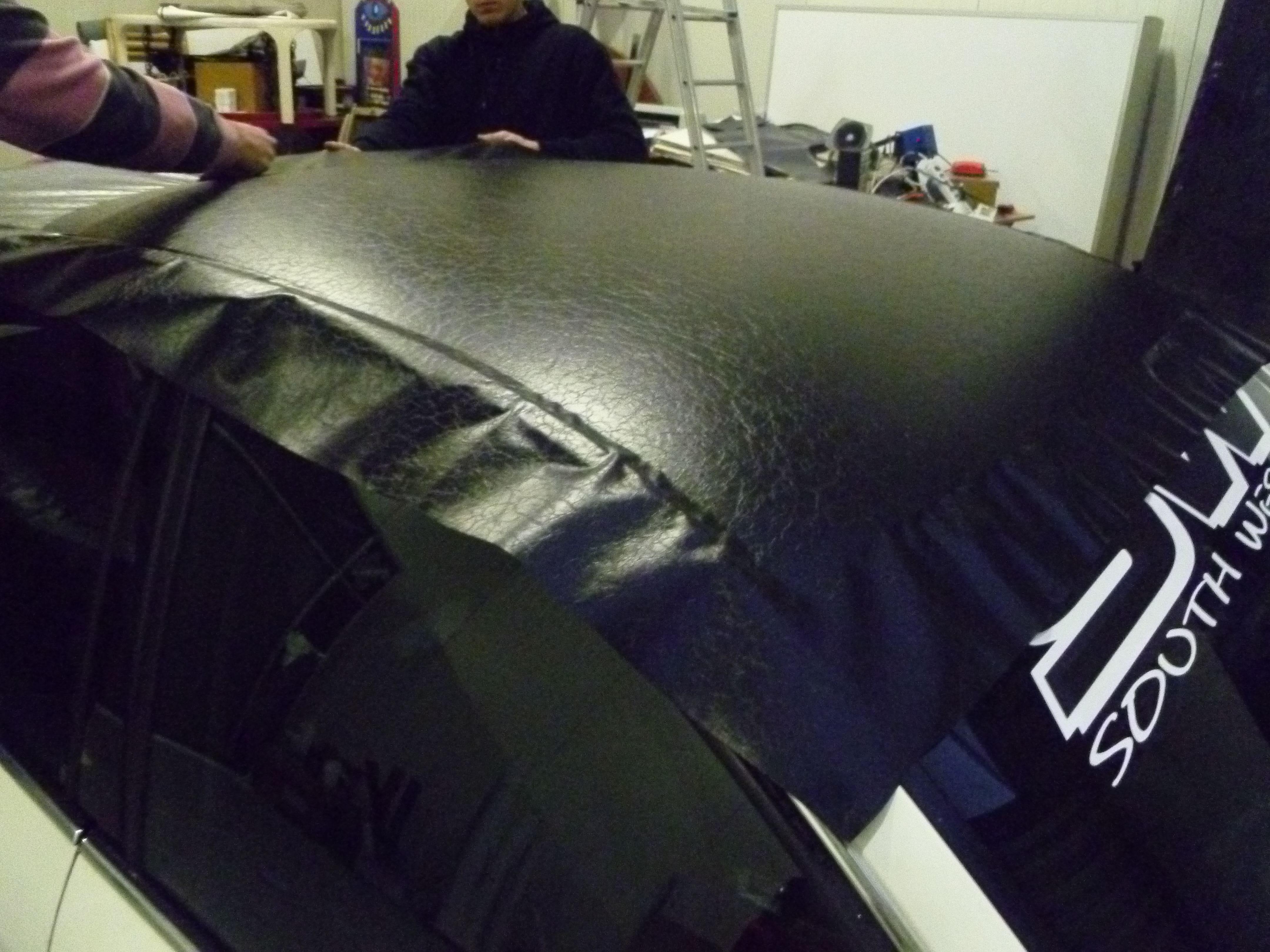 Audi A6 met zwart lederen dak, Carwrapping door Wrapmyride.nu Foto-nr:7481, ©2021