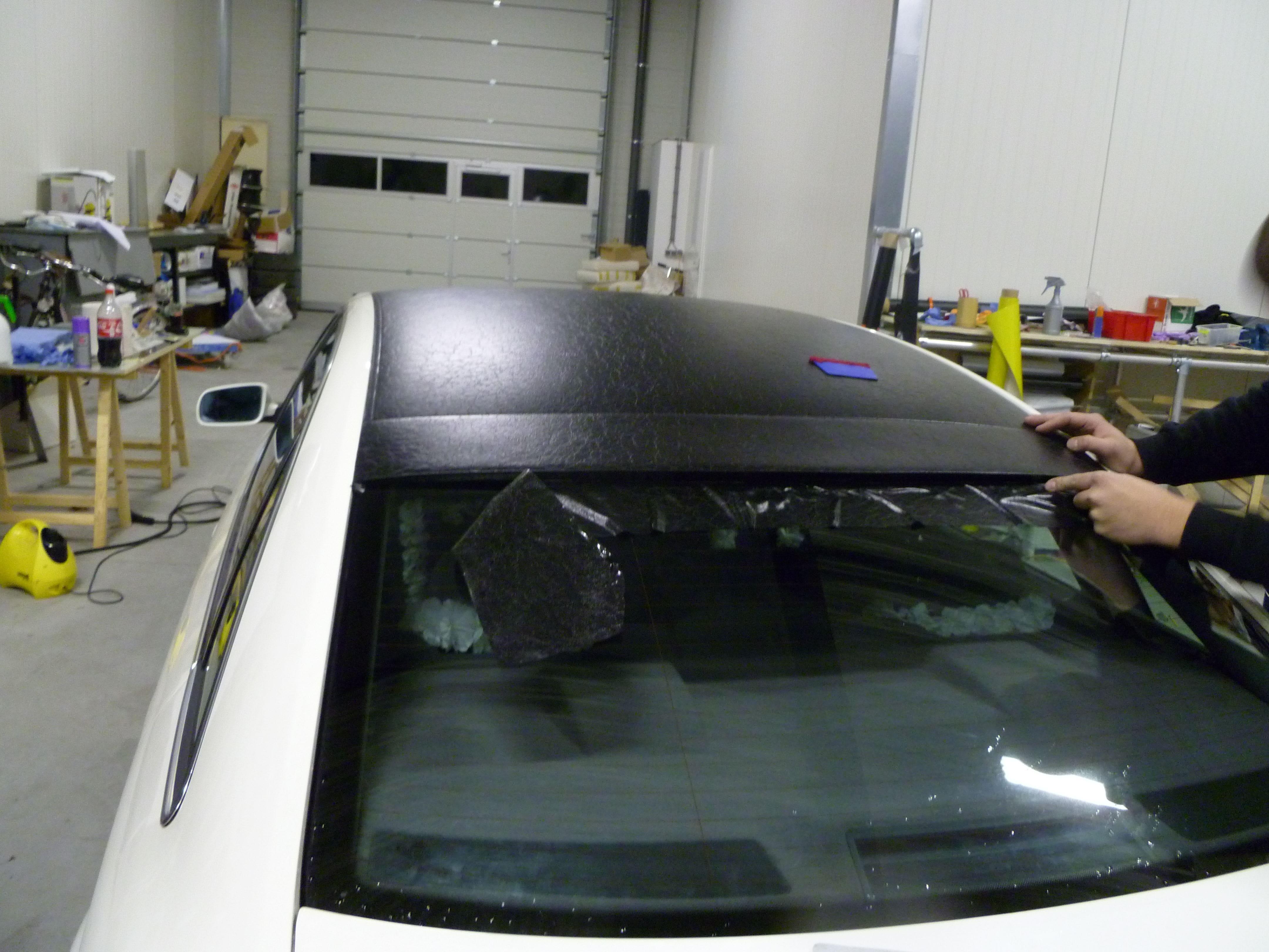 Audi A6 met zwart lederen dak, Carwrapping door Wrapmyride.nu Foto-nr:7496, ©2021