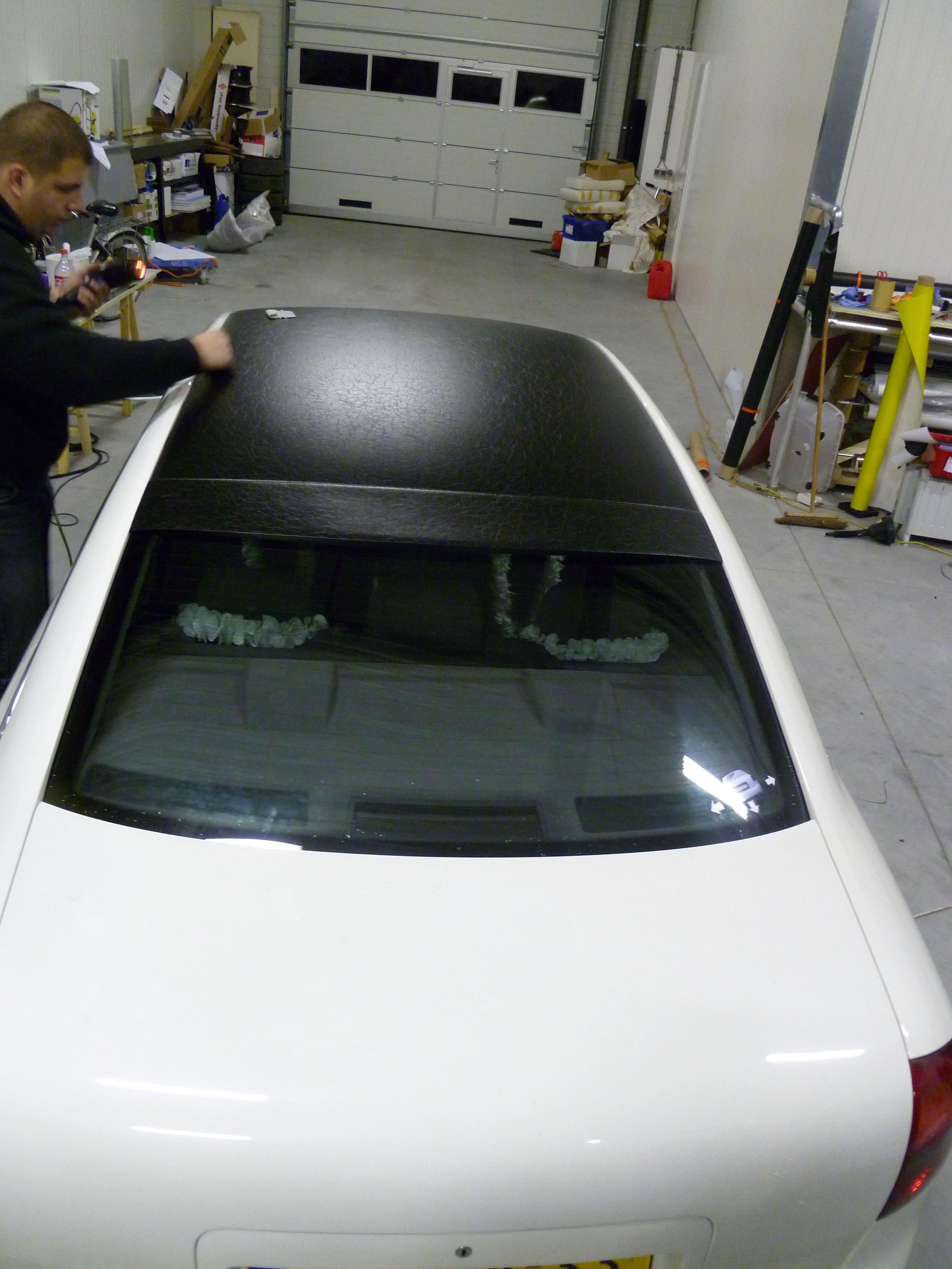 Audi A6 met zwart lederen dak, Carwrapping door Wrapmyride.nu Foto-nr:7501, ©2021