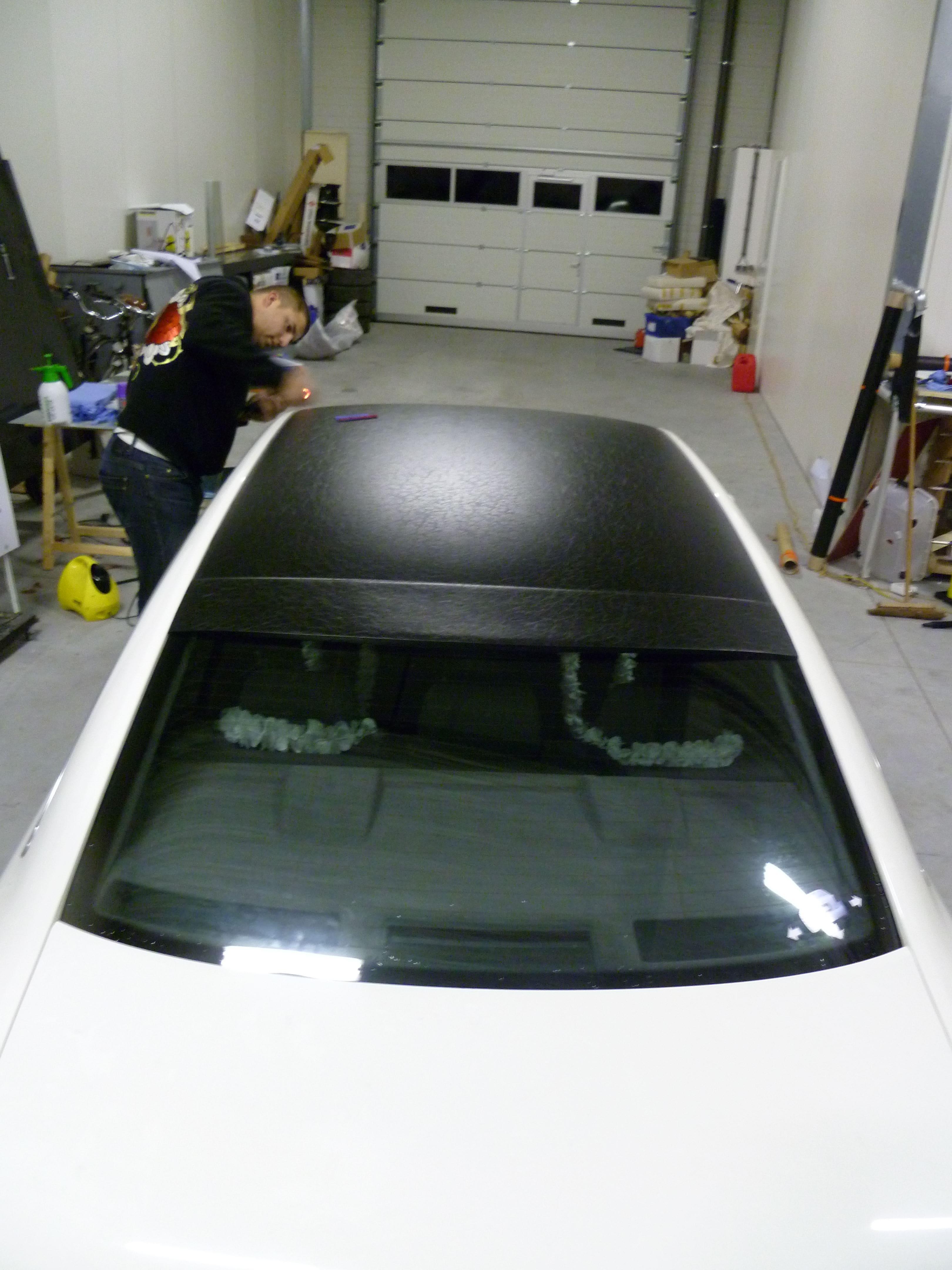 Audi A6 met zwart lederen dak, Carwrapping door Wrapmyride.nu Foto-nr:7502, ©2021