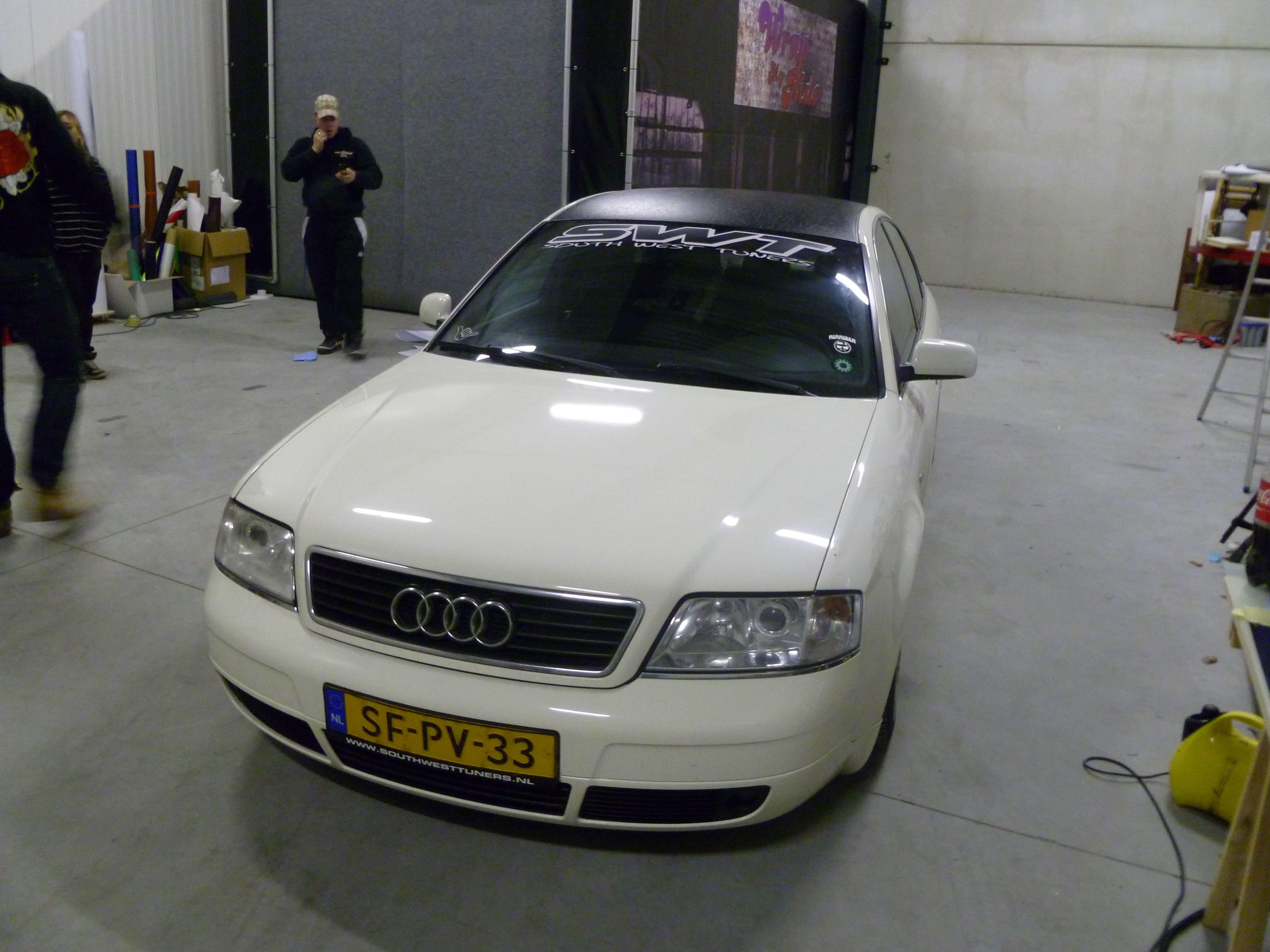 Audi A6 met zwart lederen dak, Carwrapping door Wrapmyride.nu Foto-nr:7503, ©2021