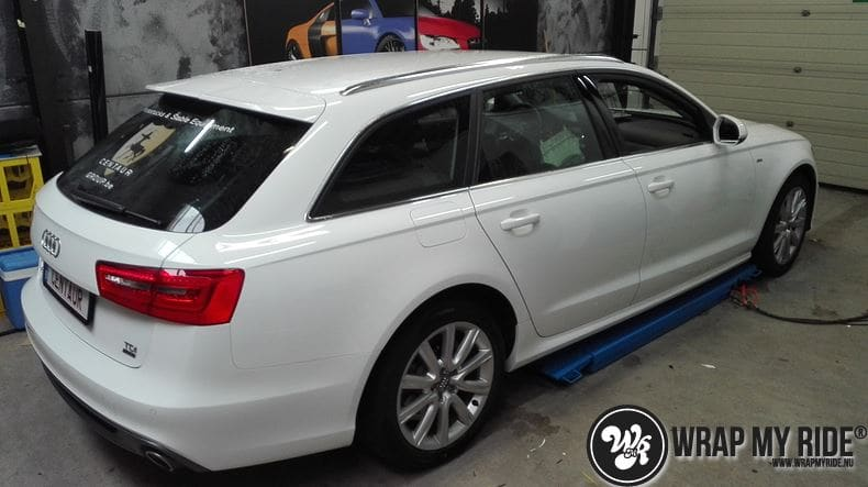 Audi A6 Station mat zwart, Carwrapping door Wrapmyride.nu Foto-nr:8174, ©2020