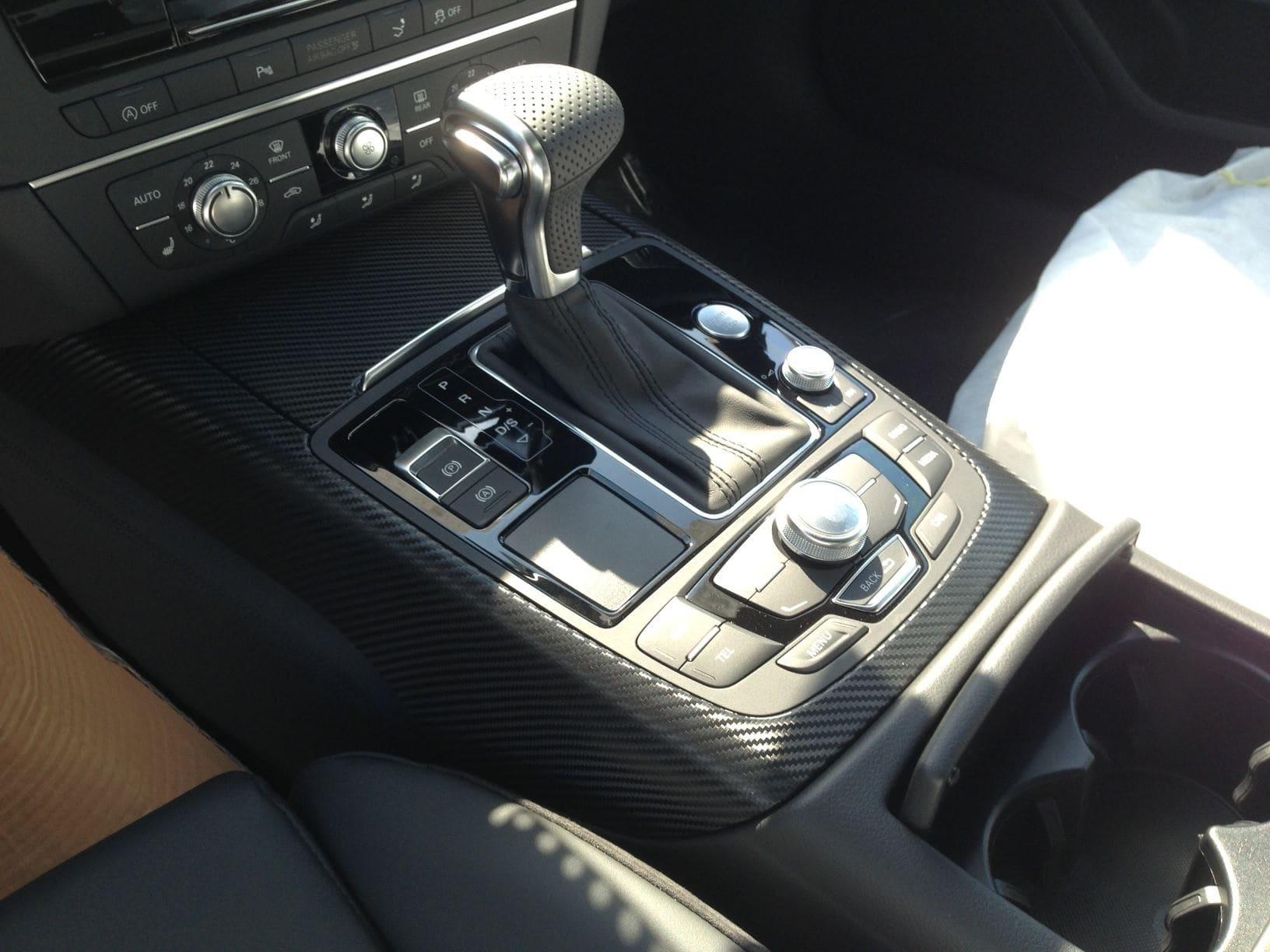 Audi A7 met Carbon Onderdelen, Carwrapping door Wrapmyride.nu Foto-nr:4893, ©2021