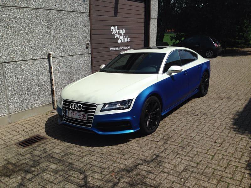 Audi A7 met Two Tone Wrap in Blauw en Wit, Carwrapping door Wrapmyride.nu Foto-nr:4857, ©2021