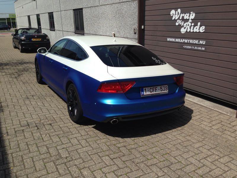 Audi A7 met Two Tone Wrap in Blauw en Wit, Carwrapping door Wrapmyride.nu Foto-nr:4861, ©2021