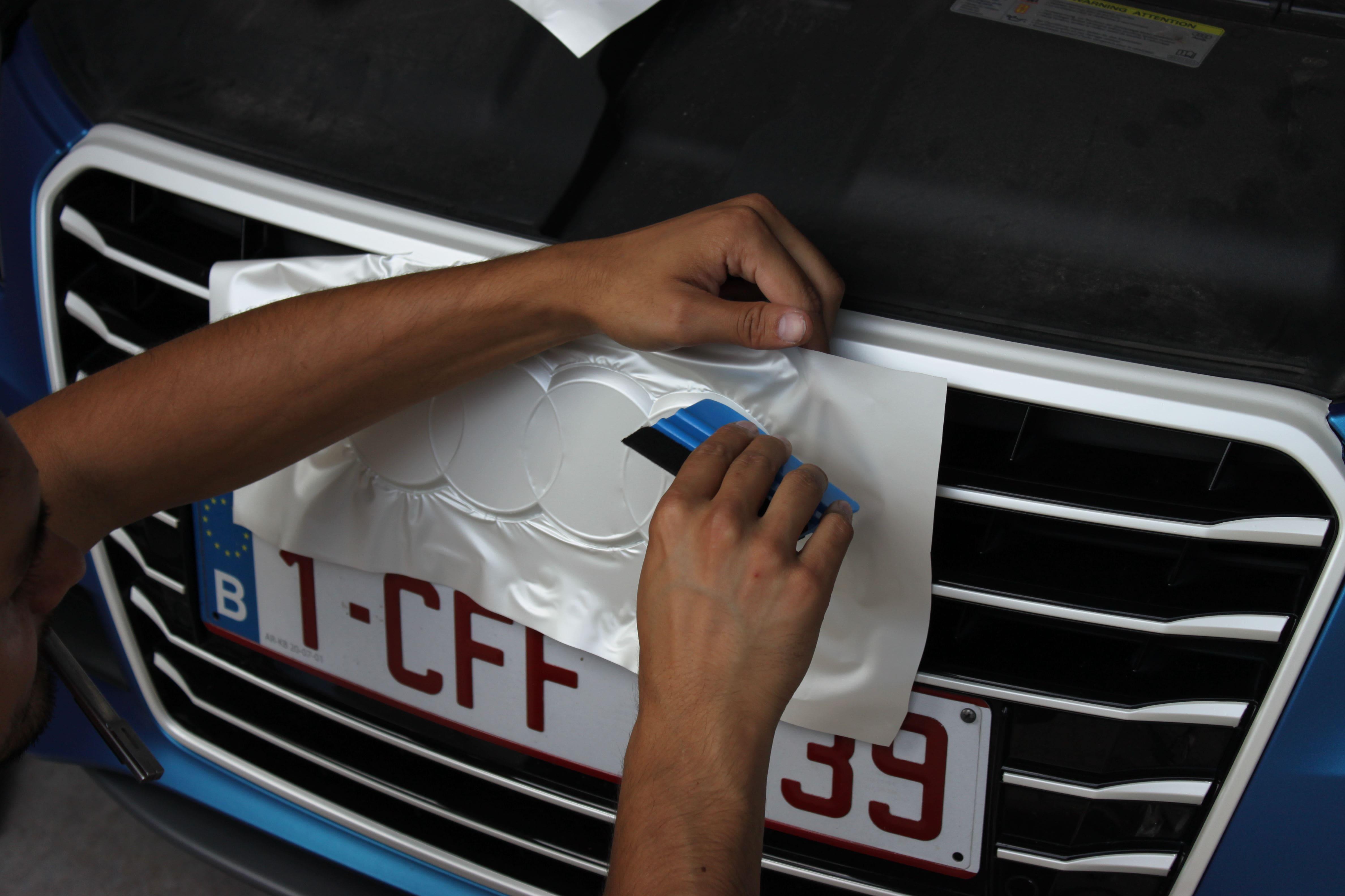 Audi A7 met Two Tone Wrap in Blauw en Wit, Carwrapping door Wrapmyride.nu Foto-nr:4874, ©2021