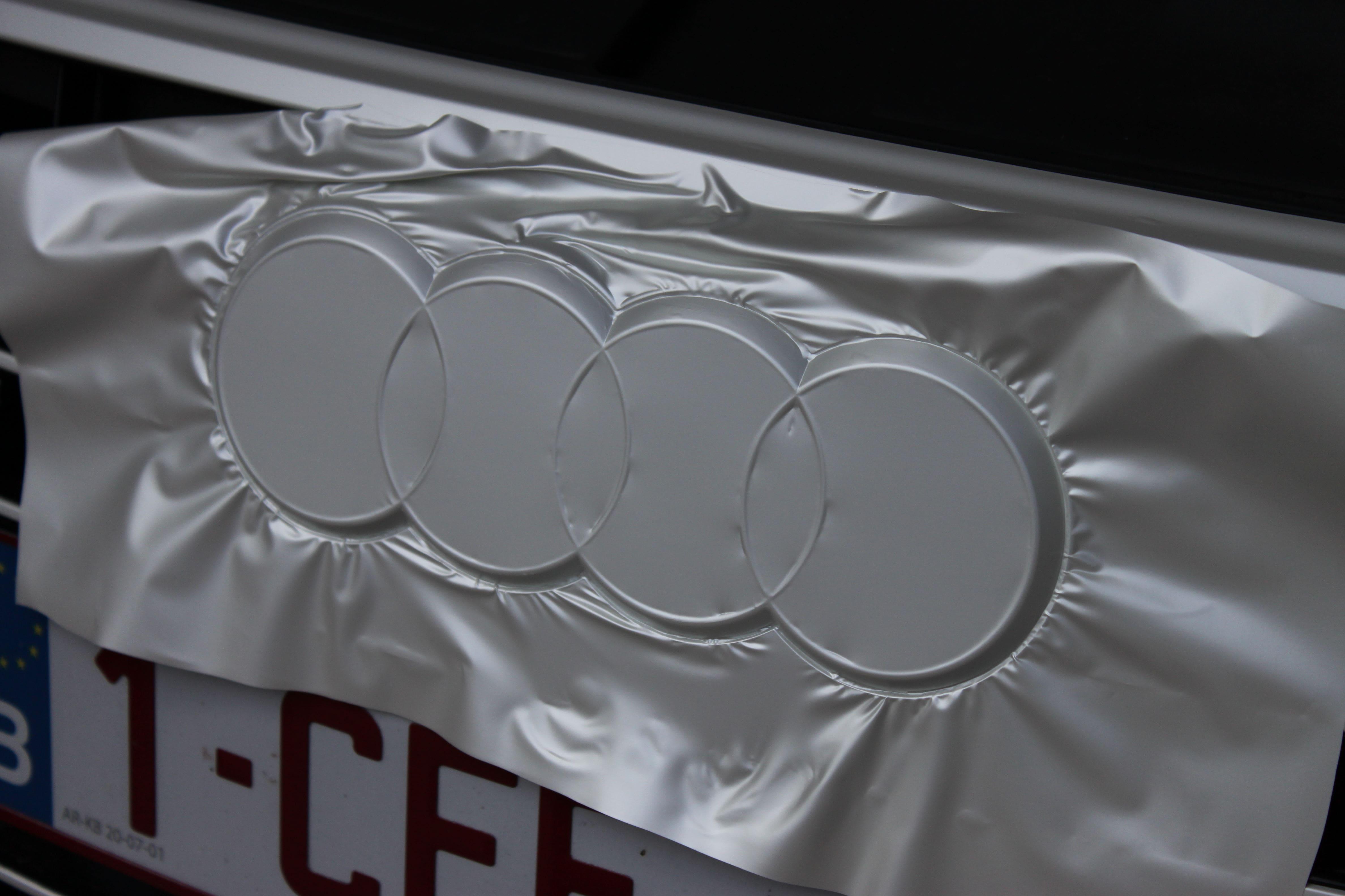 Audi A7 met Two Tone Wrap in Blauw en Wit, Carwrapping door Wrapmyride.nu Foto-nr:4875, ©2021