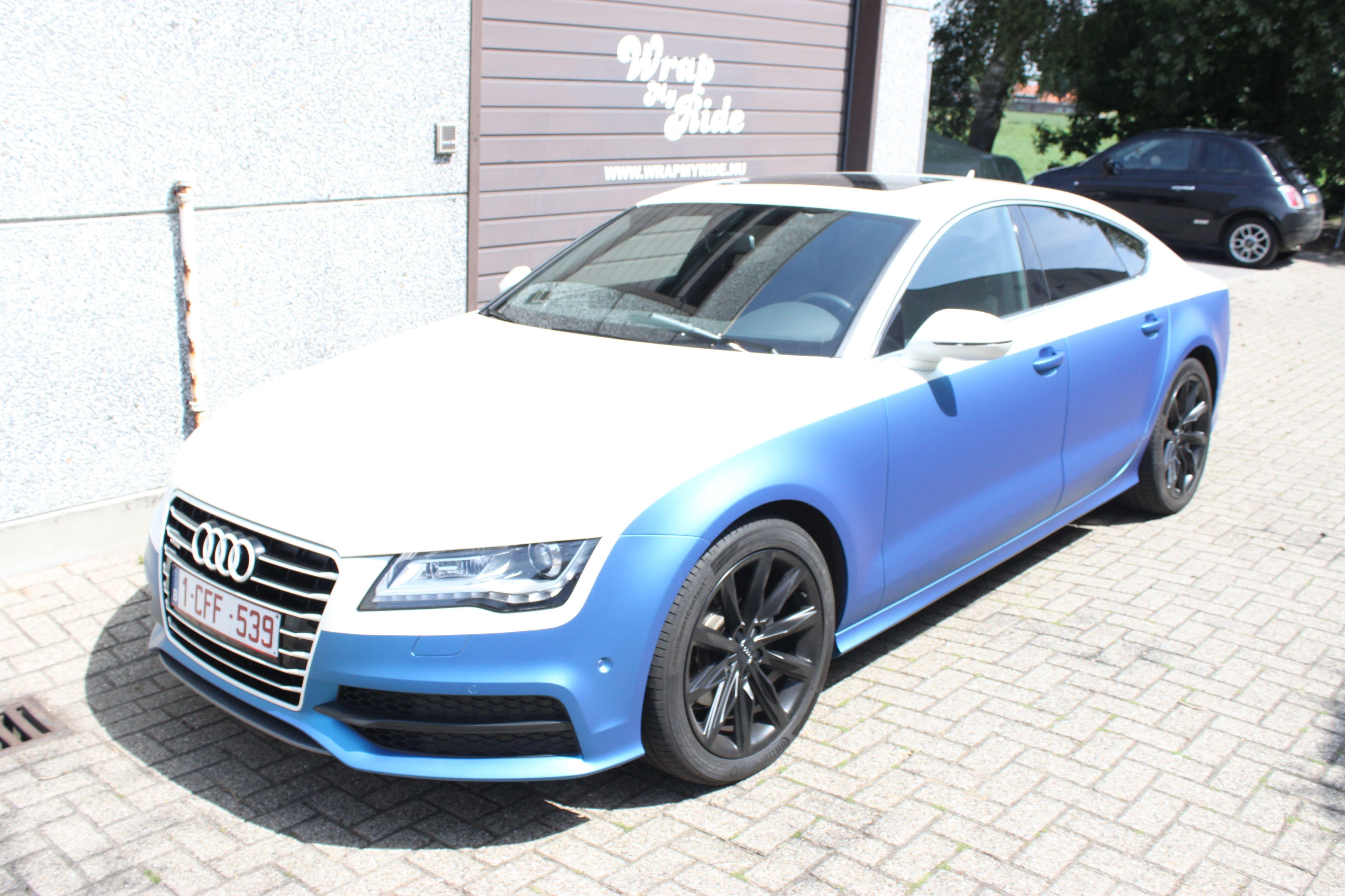Audi A7 met Two Tone Wrap in Blauw en Wit, Carwrapping door Wrapmyride.nu Foto-nr:4885, ©2021