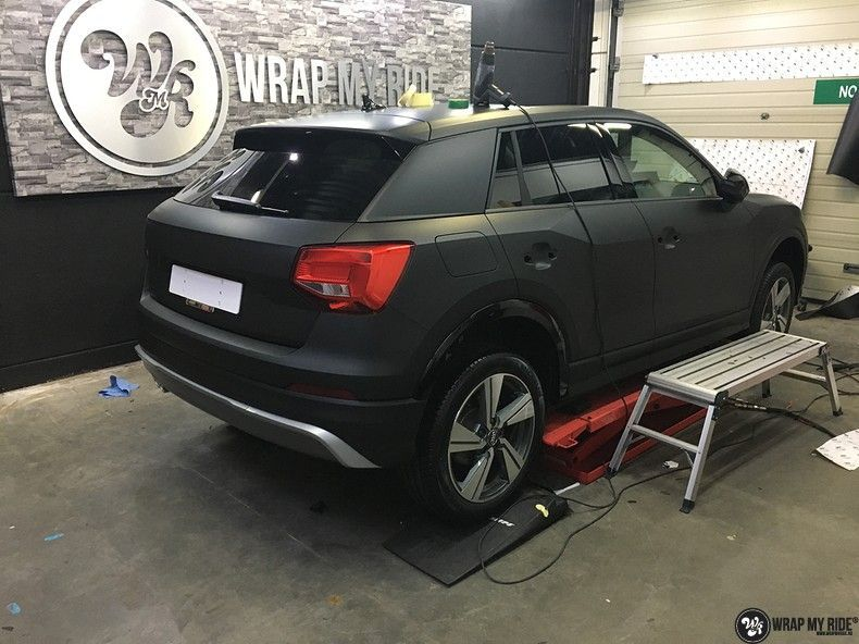 Audi Q2 Matte black, Carwrapping door Wrapmyride.nu Foto-nr:10614, ©2020