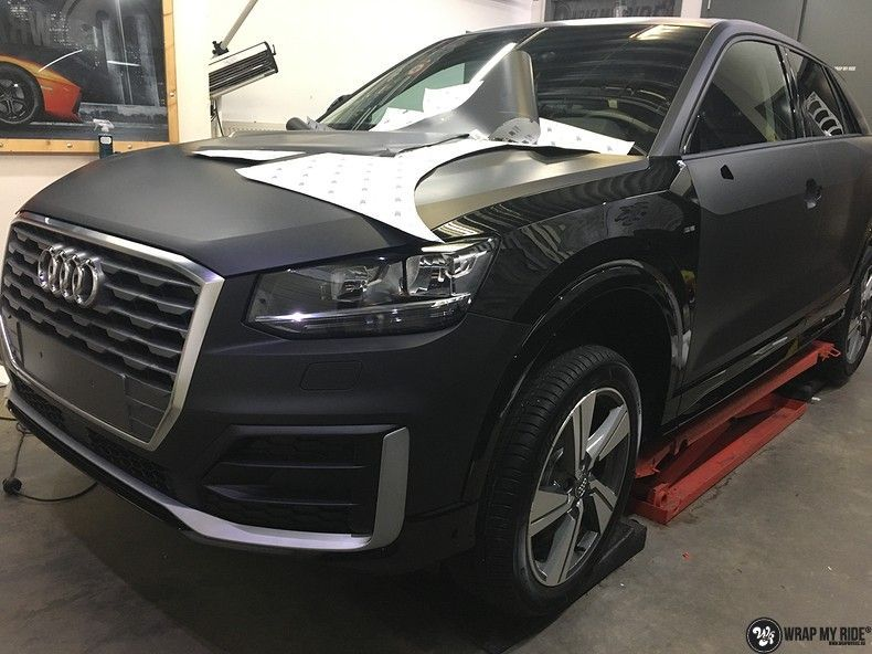 Audi Q2 Matte black, Carwrapping door Wrapmyride.nu Foto-nr:10610, ©2020