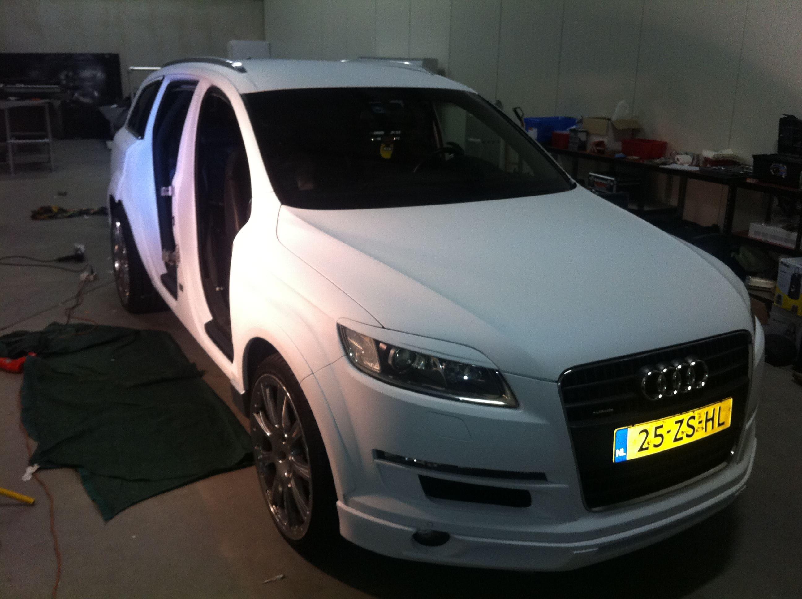 Audi Q7 met Mat Witte Wrap, Carwrapping door Wrapmyride.nu Foto-nr:4924, ©2021
