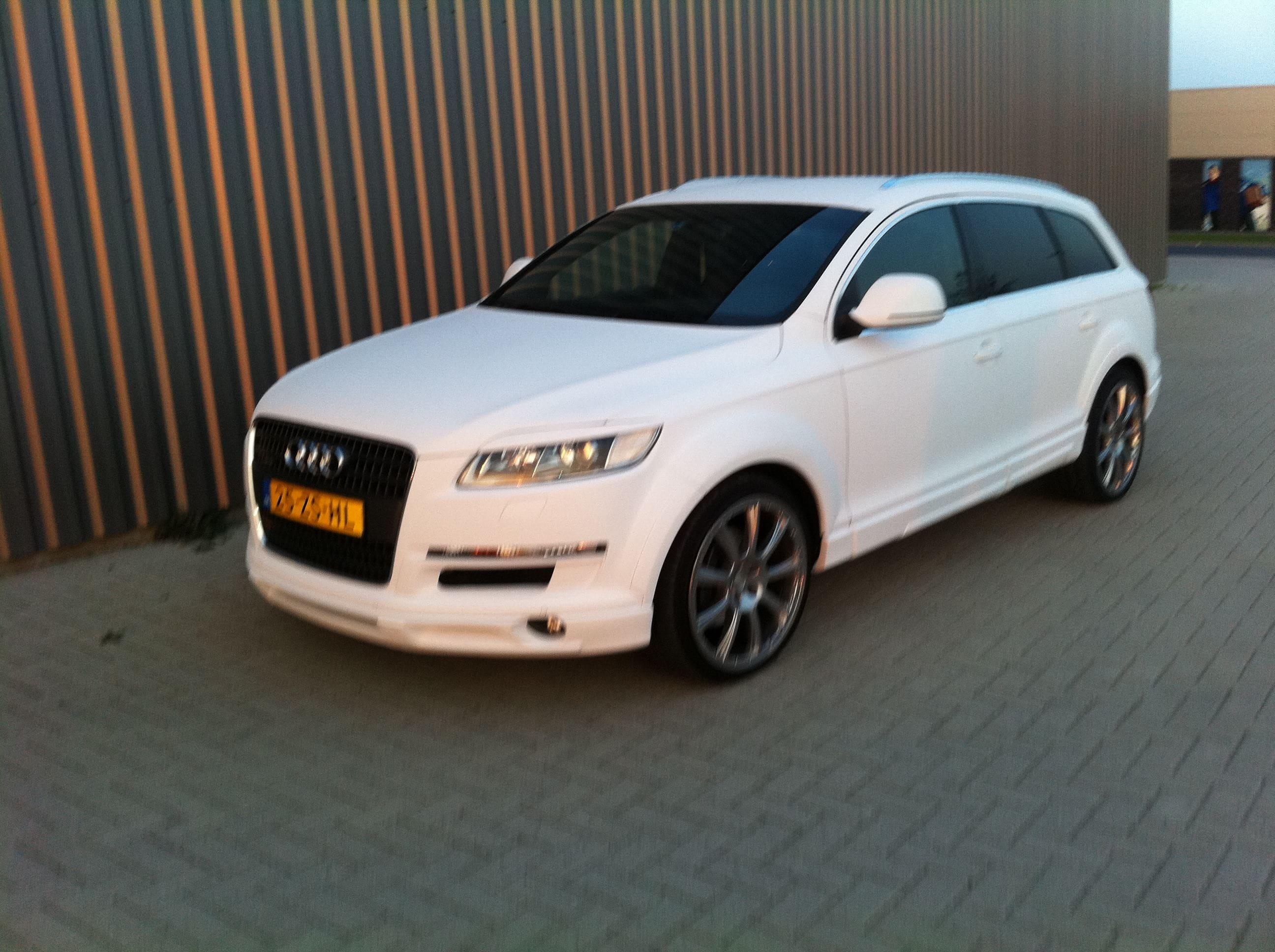 Audi Q7 met Mat Witte Wrap, Carwrapping door Wrapmyride.nu Foto-nr:4927, ©2021