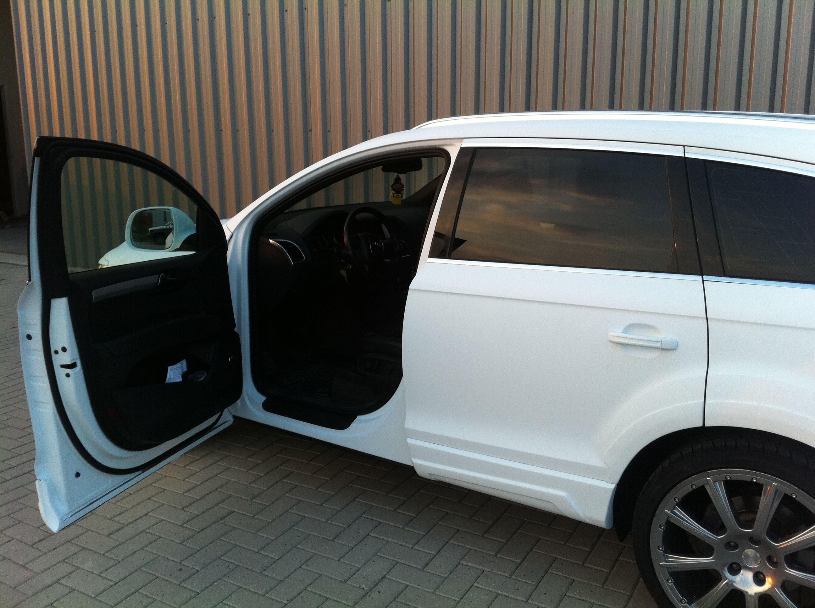 Audi Q7 met Mat Witte Wrap, Carwrapping door Wrapmyride.nu Foto-nr:4929, ©2021
