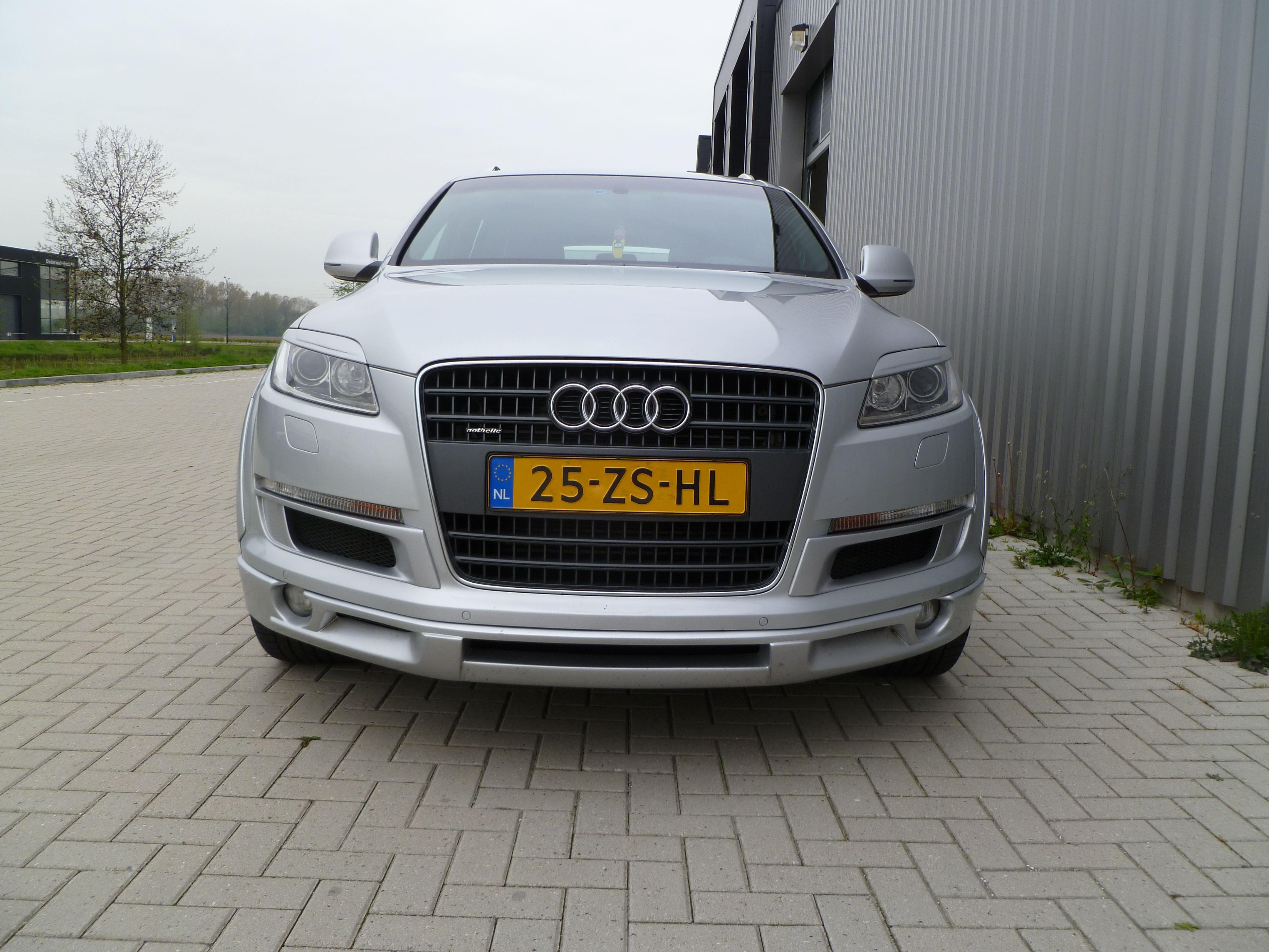 Audi Q7 met Mat Witte Wrap, Carwrapping door Wrapmyride.nu Foto-nr:4932, ©2021