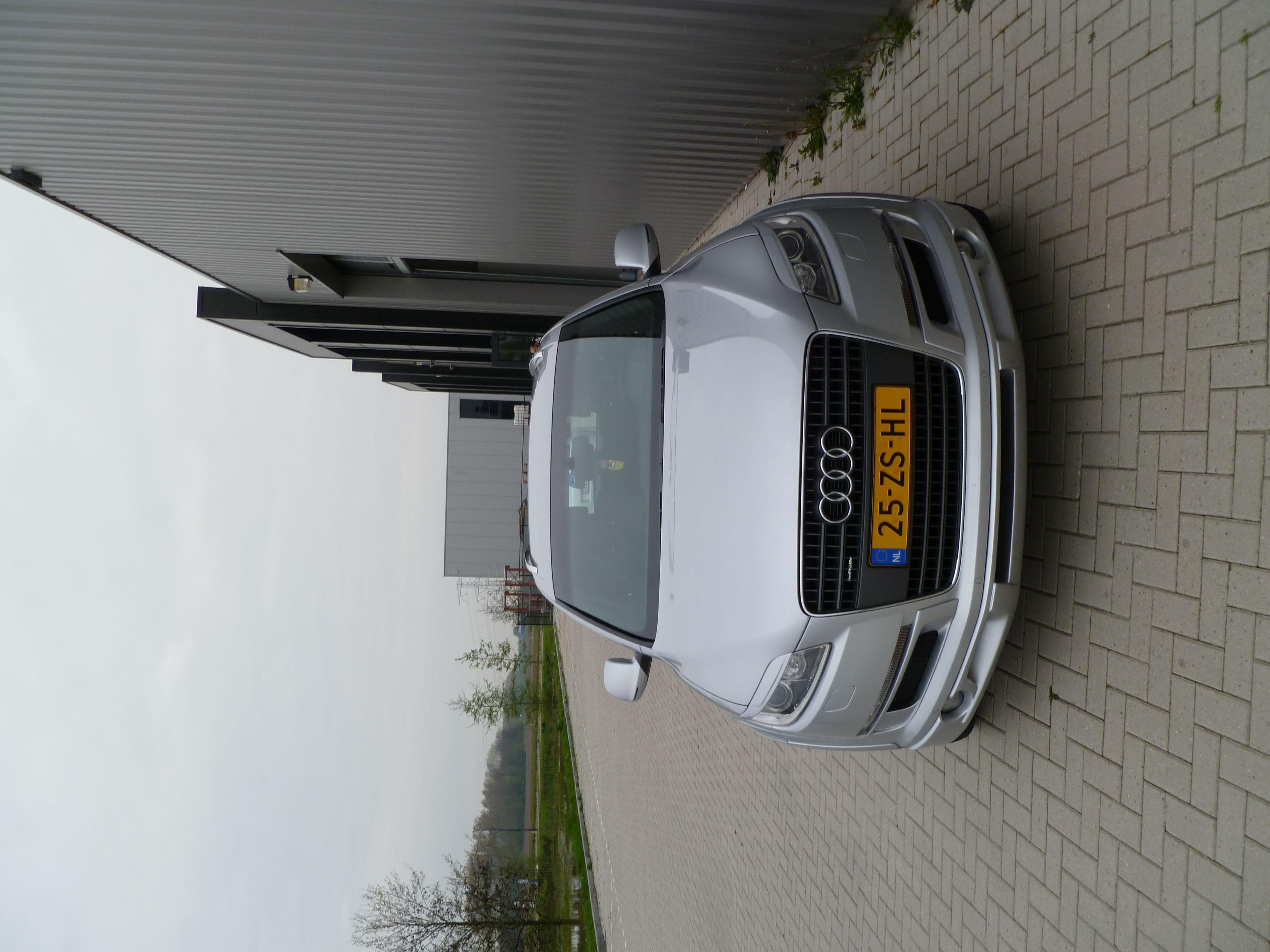 Audi Q7 met Mat Witte Wrap, Carwrapping door Wrapmyride.nu Foto-nr:4933, ©2021