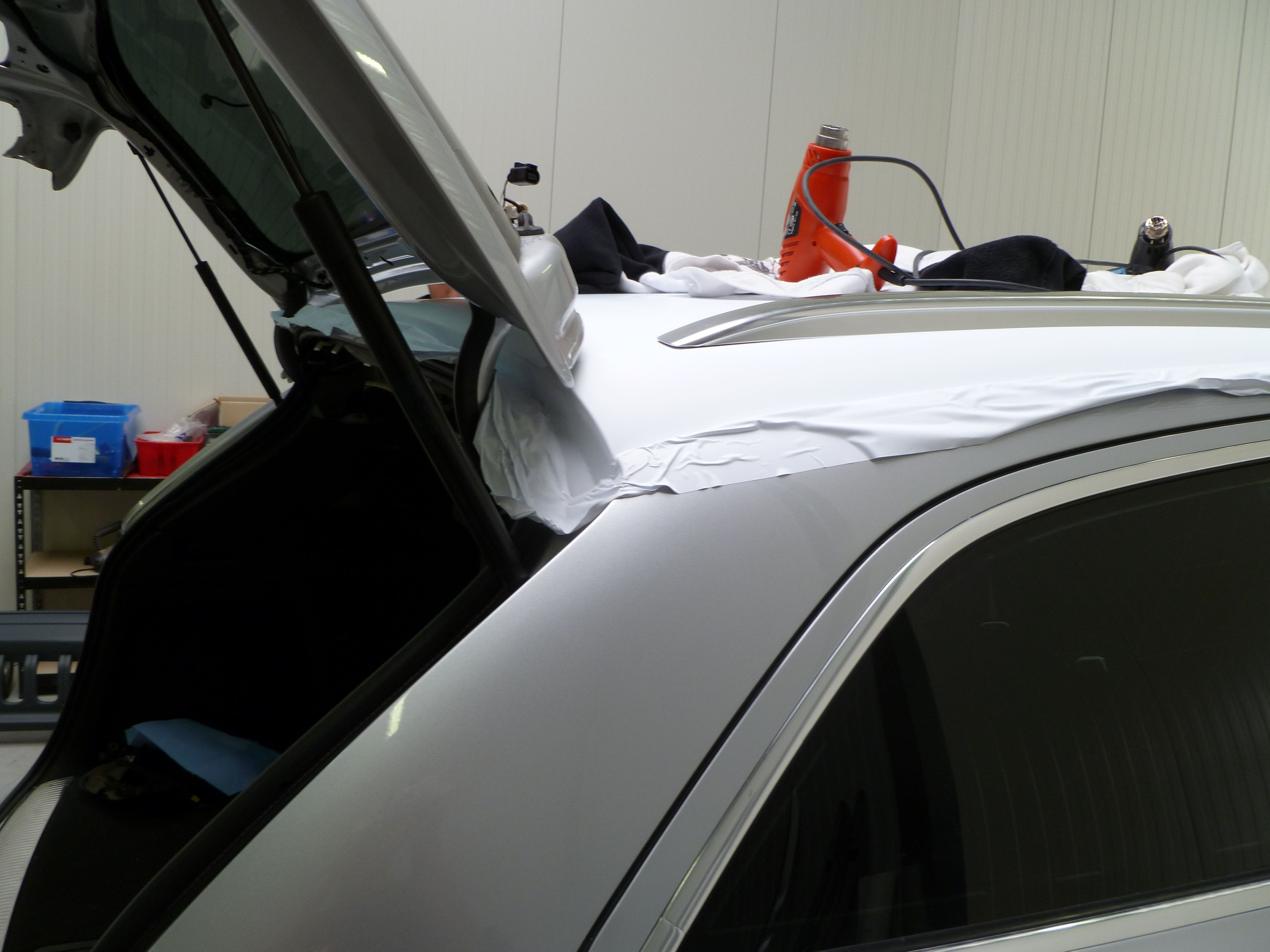 Audi Q7 met Mat Witte Wrap, Carwrapping door Wrapmyride.nu Foto-nr:4974, ©2021