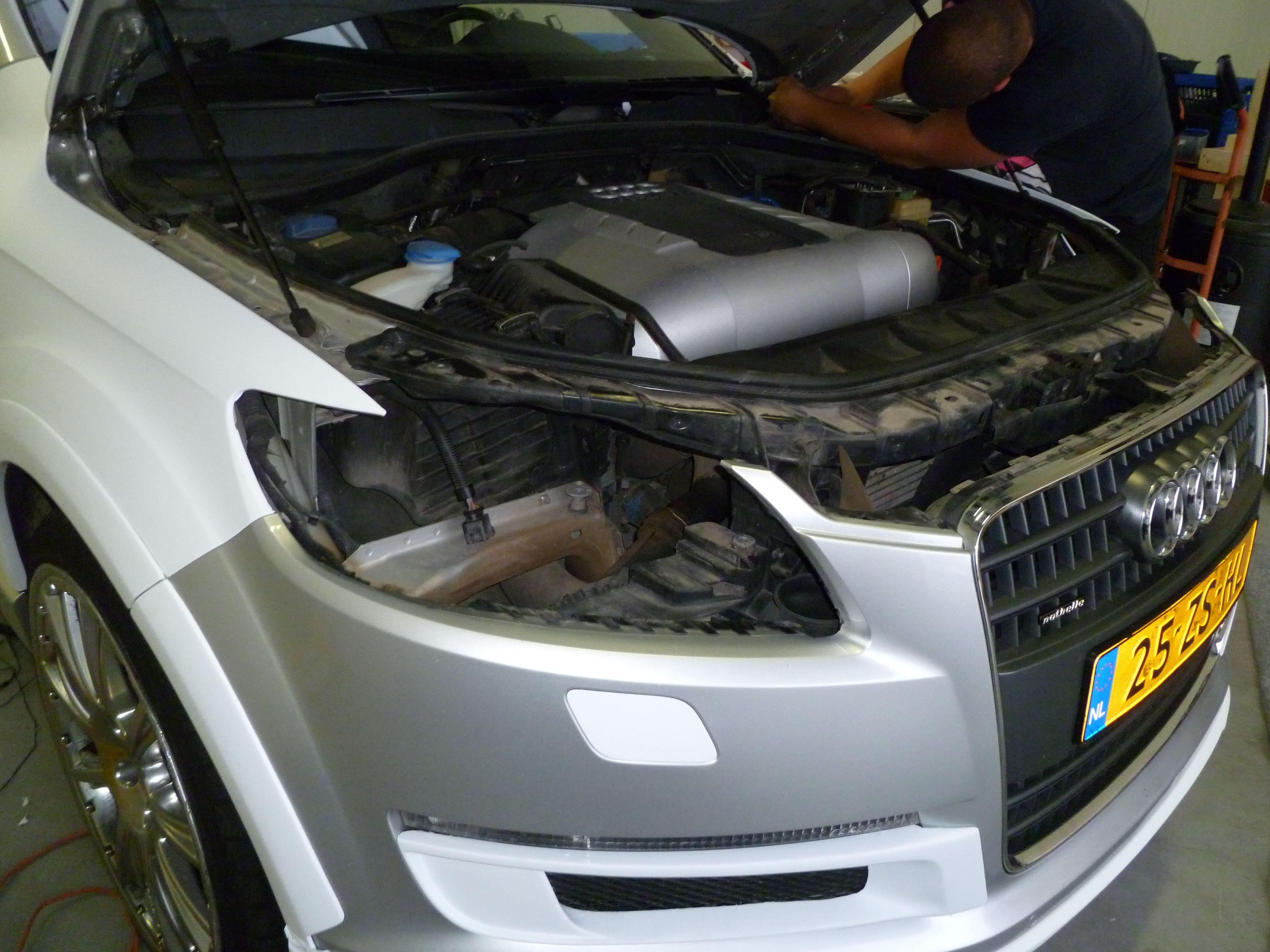 Audi Q7 met Mat Witte Wrap, Carwrapping door Wrapmyride.nu Foto-nr:4995, ©2021