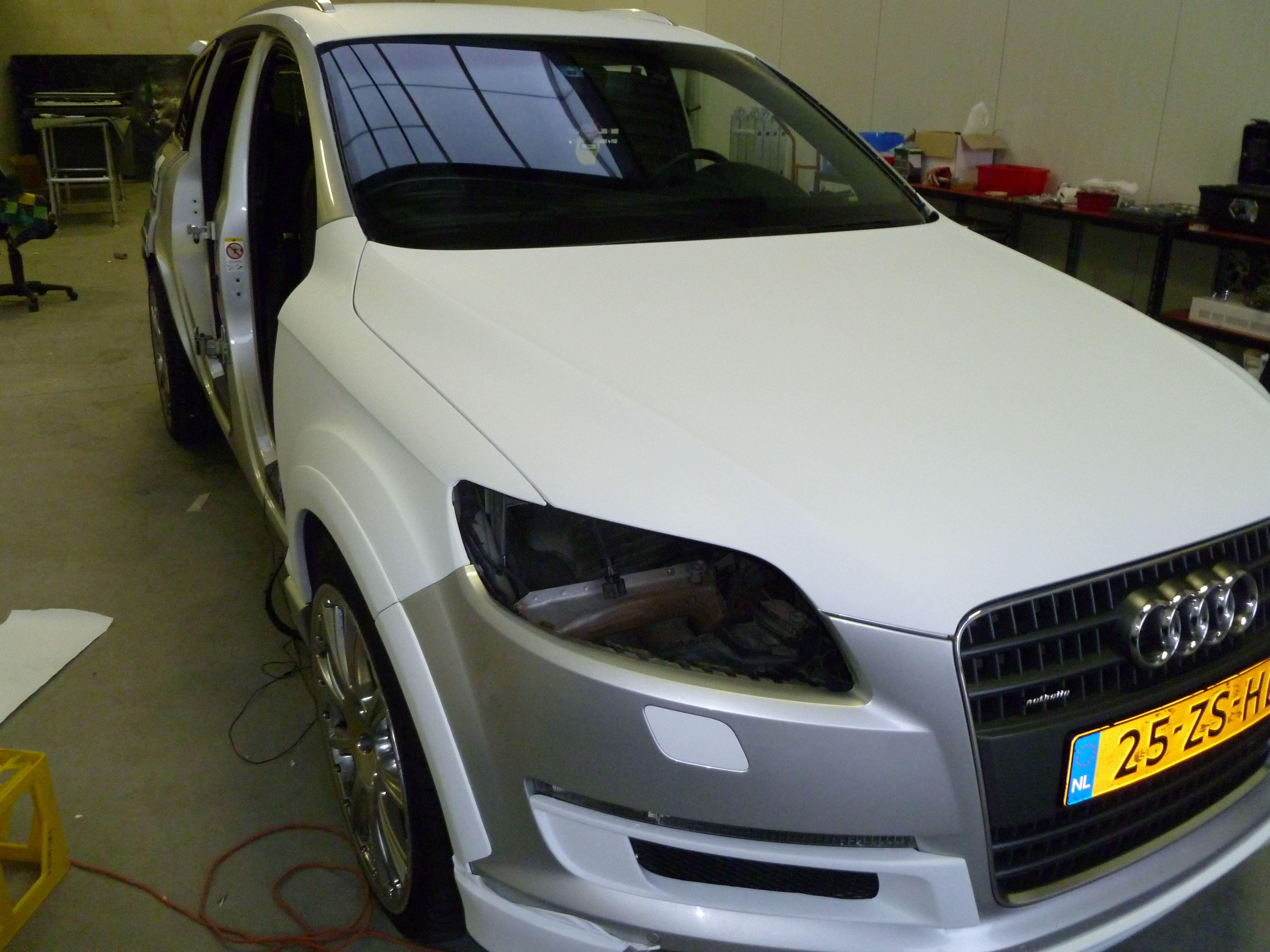 Audi Q7 met Mat Witte Wrap, Carwrapping door Wrapmyride.nu Foto-nr:4998, ©2021