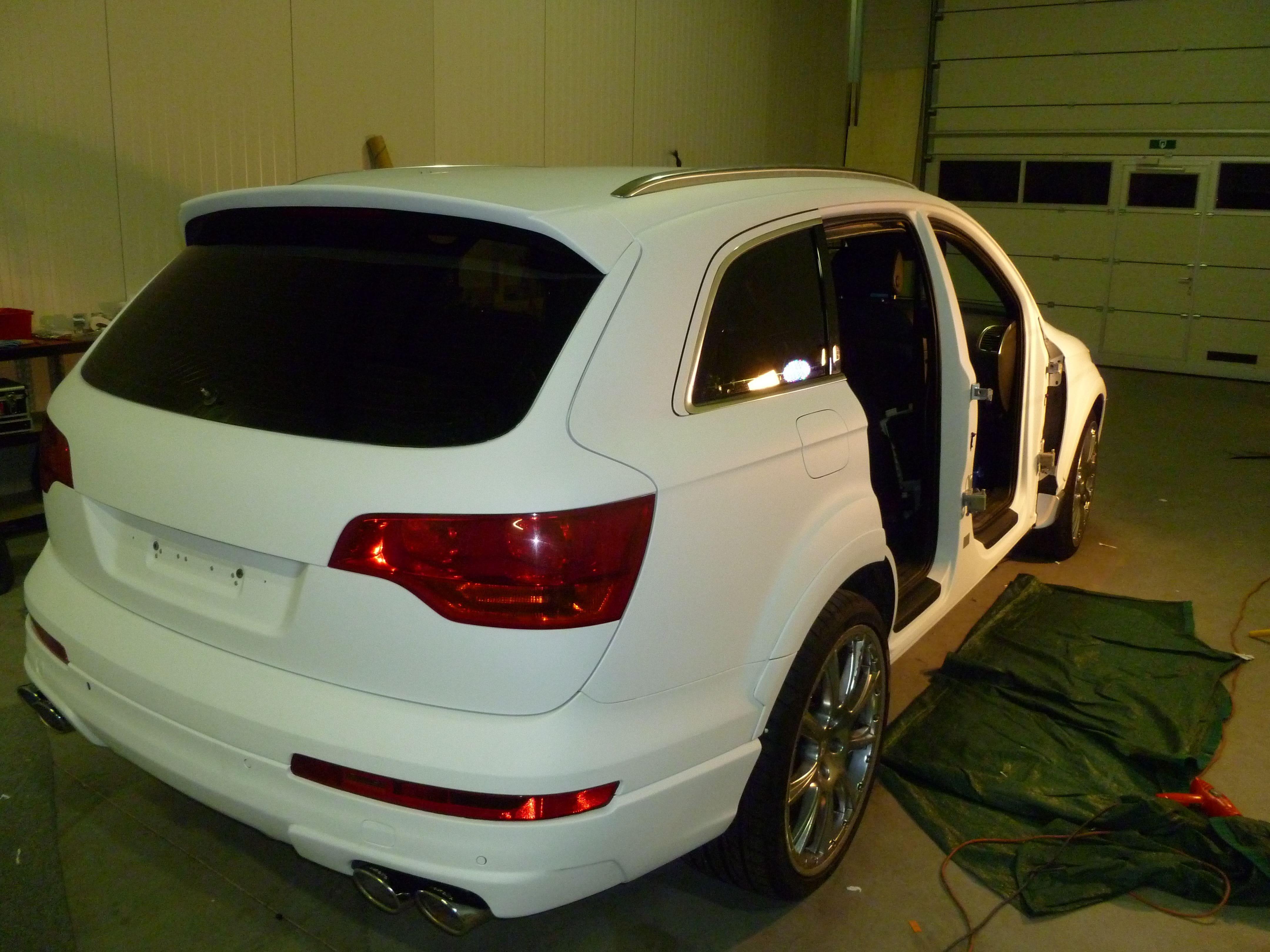 Audi Q7 met Mat Witte Wrap, Carwrapping door Wrapmyride.nu Foto-nr:5019, ©2021