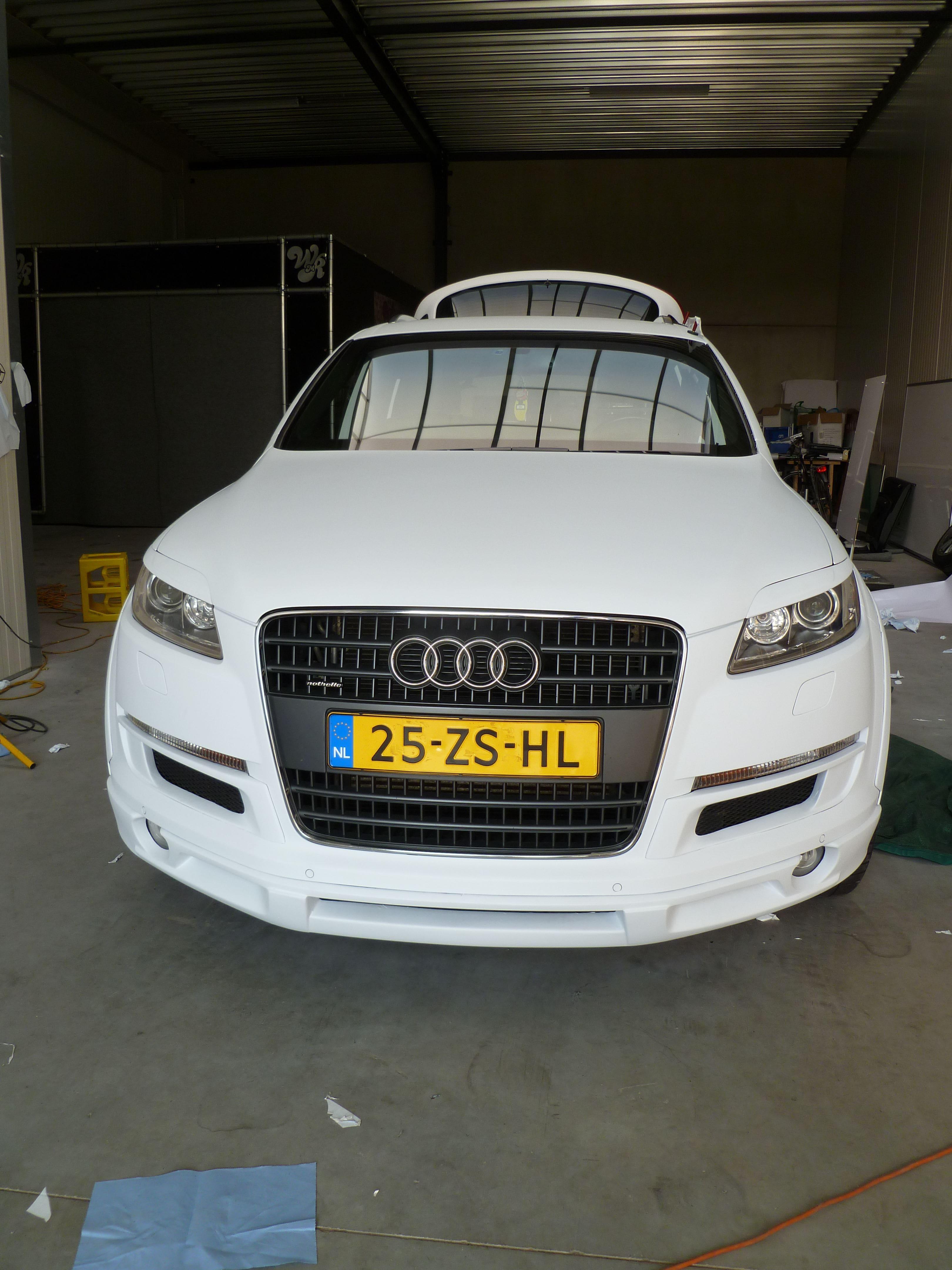 Audi Q7 met Mat Witte Wrap, Carwrapping door Wrapmyride.nu Foto-nr:5021, ©2021