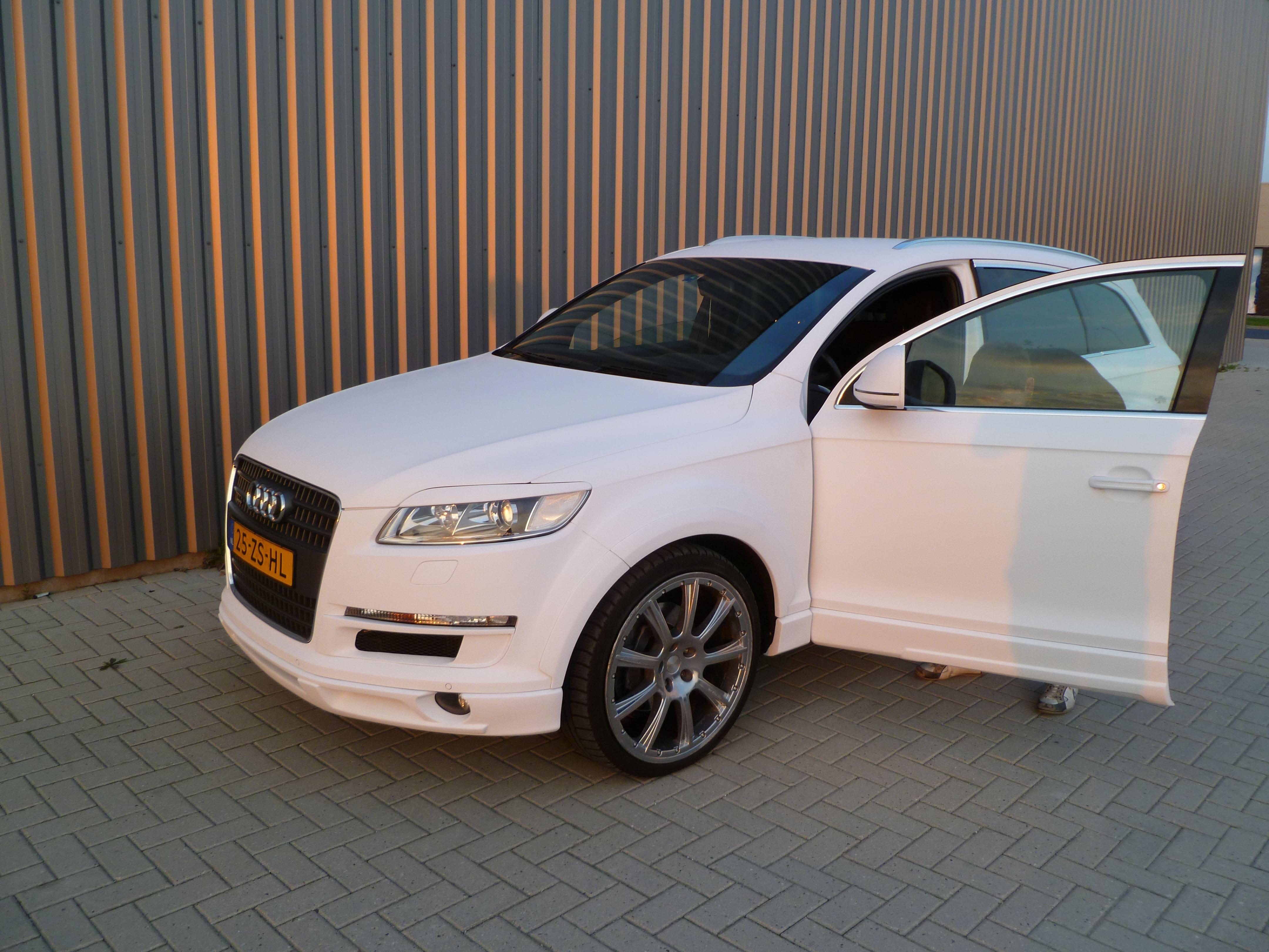 Audi Q7 met Mat Witte Wrap, Carwrapping door Wrapmyride.nu Foto-nr:5030, ©2021