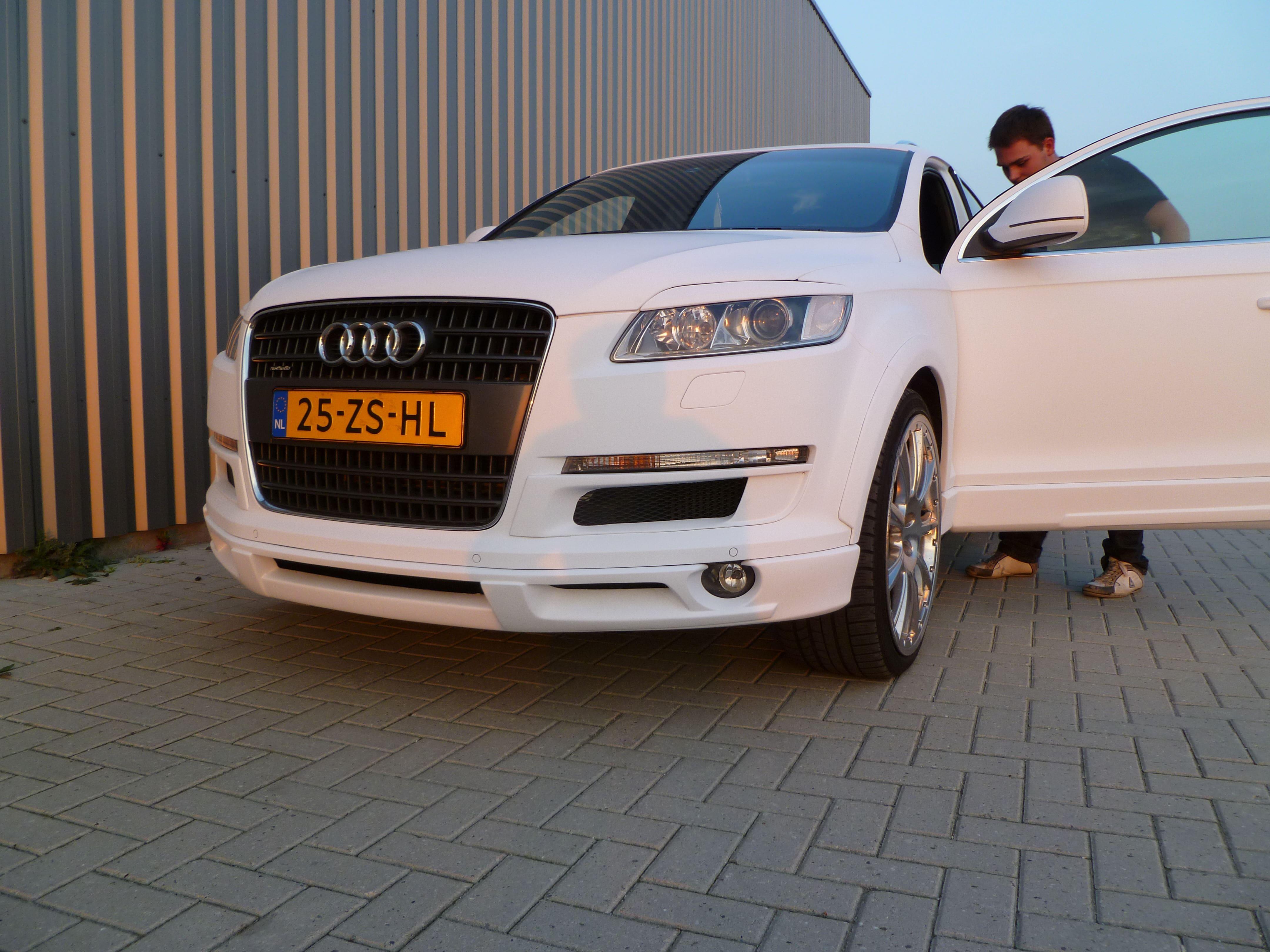 Audi Q7 met Mat Witte Wrap, Carwrapping door Wrapmyride.nu Foto-nr:5032, ©2021