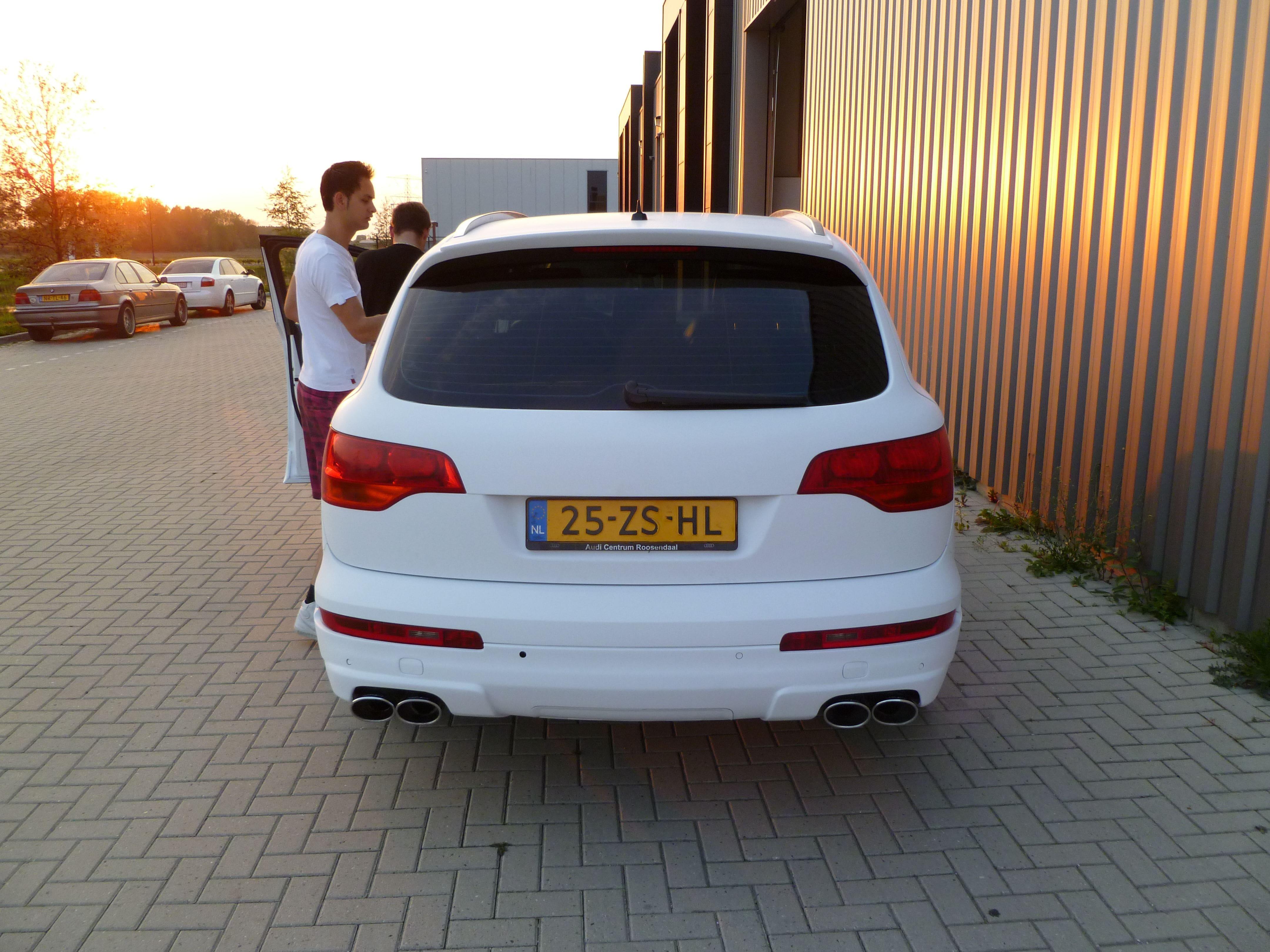 Audi Q7 met Mat Witte Wrap, Carwrapping door Wrapmyride.nu Foto-nr:5034, ©2021