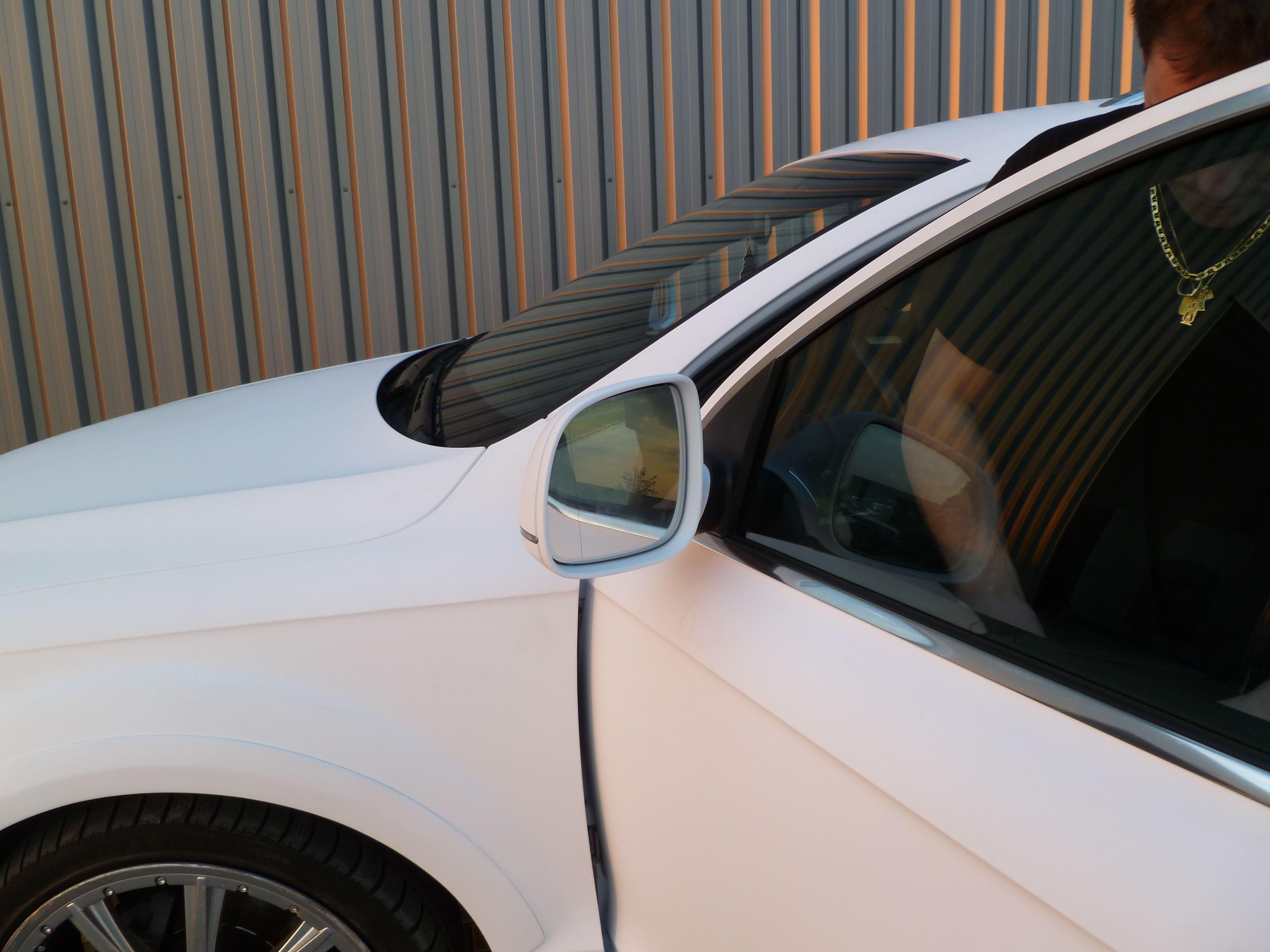 Audi Q7 met Mat Witte Wrap, Carwrapping door Wrapmyride.nu Foto-nr:5036, ©2021