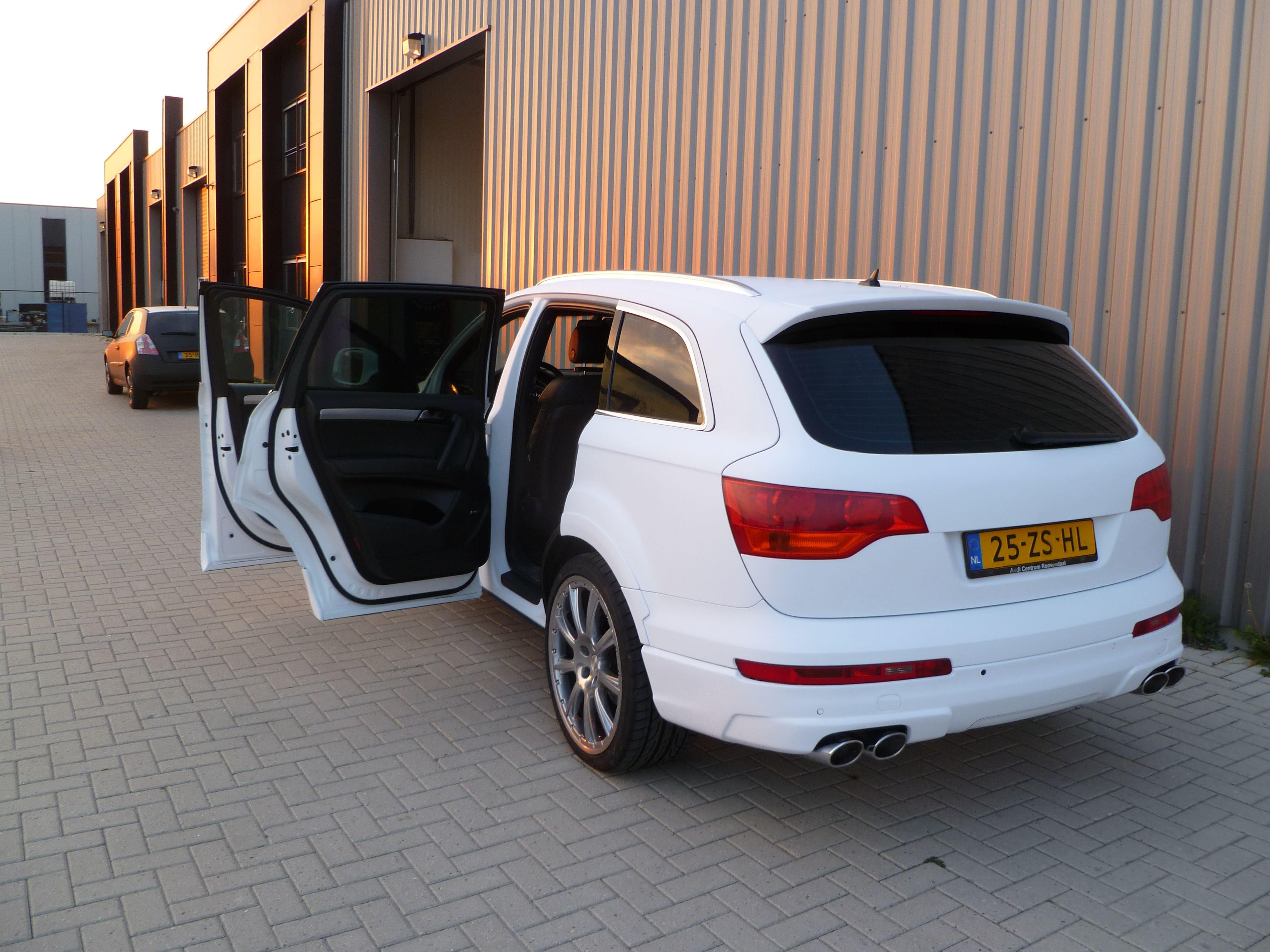 Audi Q7 met Mat Witte Wrap, Carwrapping door Wrapmyride.nu Foto-nr:5039, ©2021