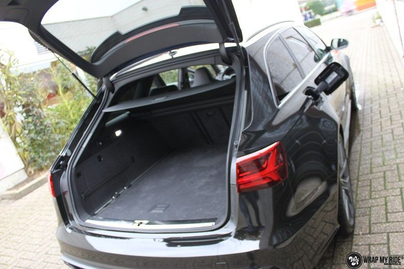 Audi RS6 glanzend metallic zwart, Carwrapping door Wrapmyride.nu Foto-nr:10437, ©2018