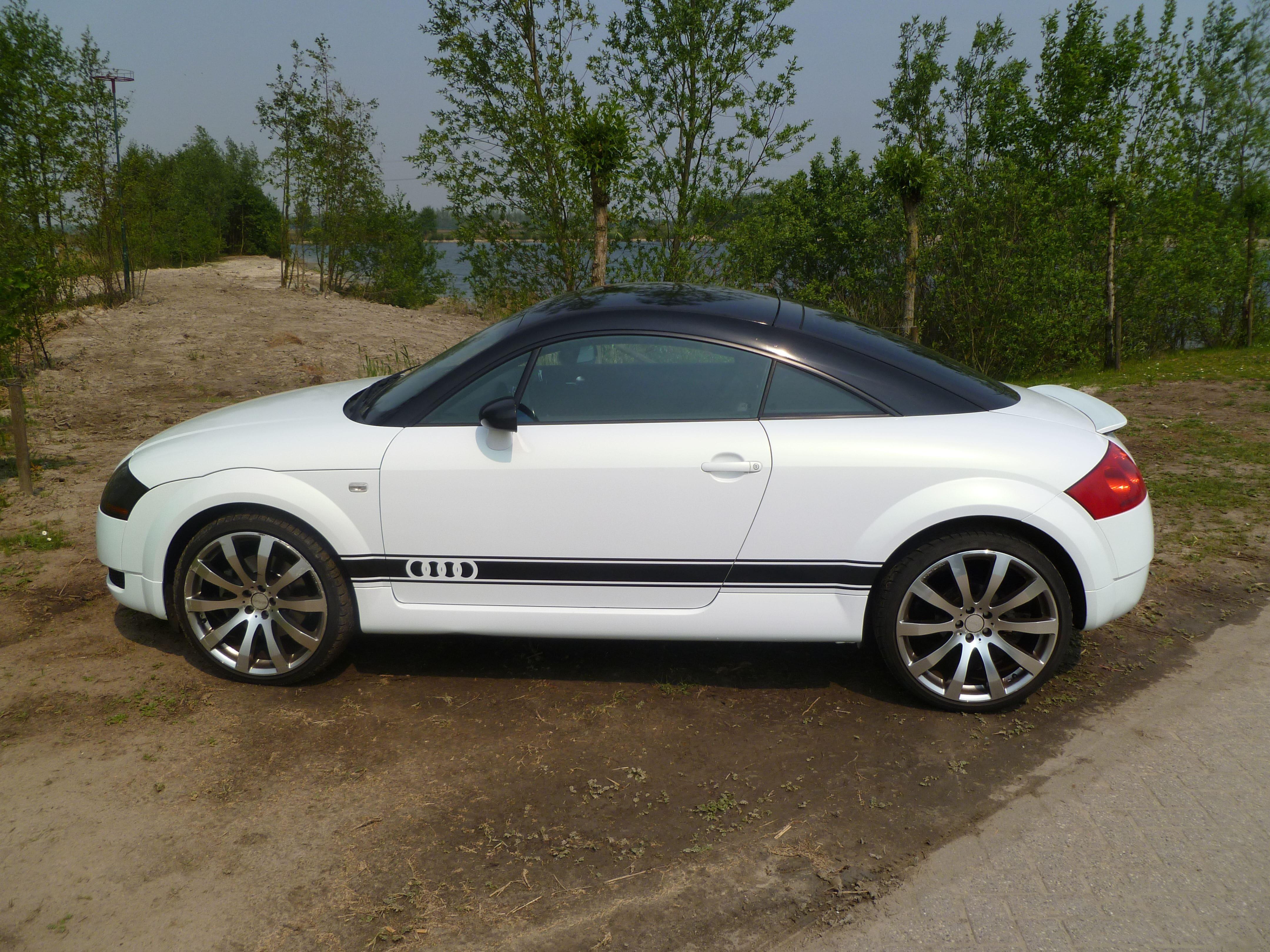 Audi TT met Witte Wrap, Carwrapping door Wrapmyride.nu Foto-nr:5094, ©2021