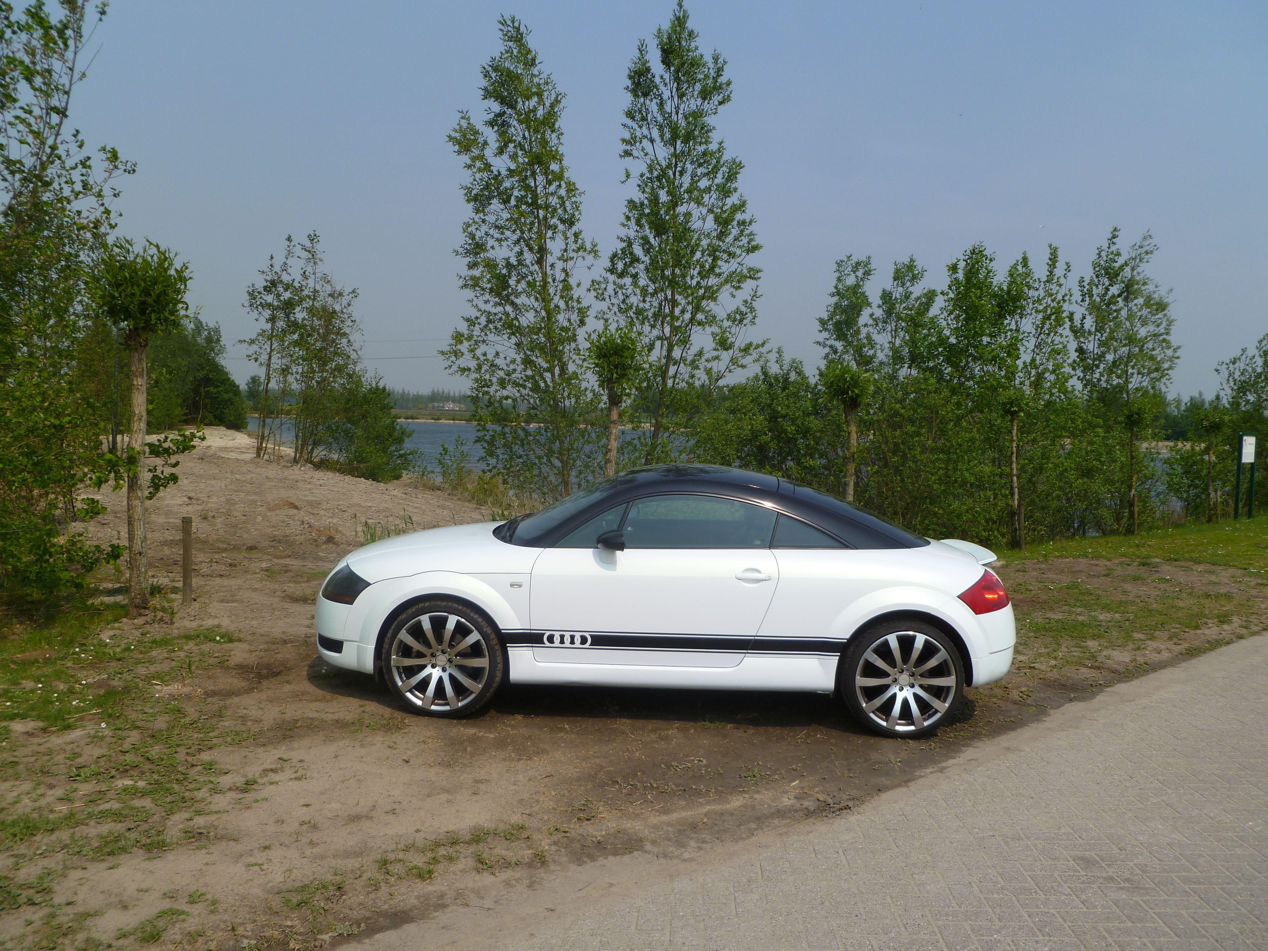 Audi TT met Witte Wrap, Carwrapping door Wrapmyride.nu Foto-nr:5099, ©2021