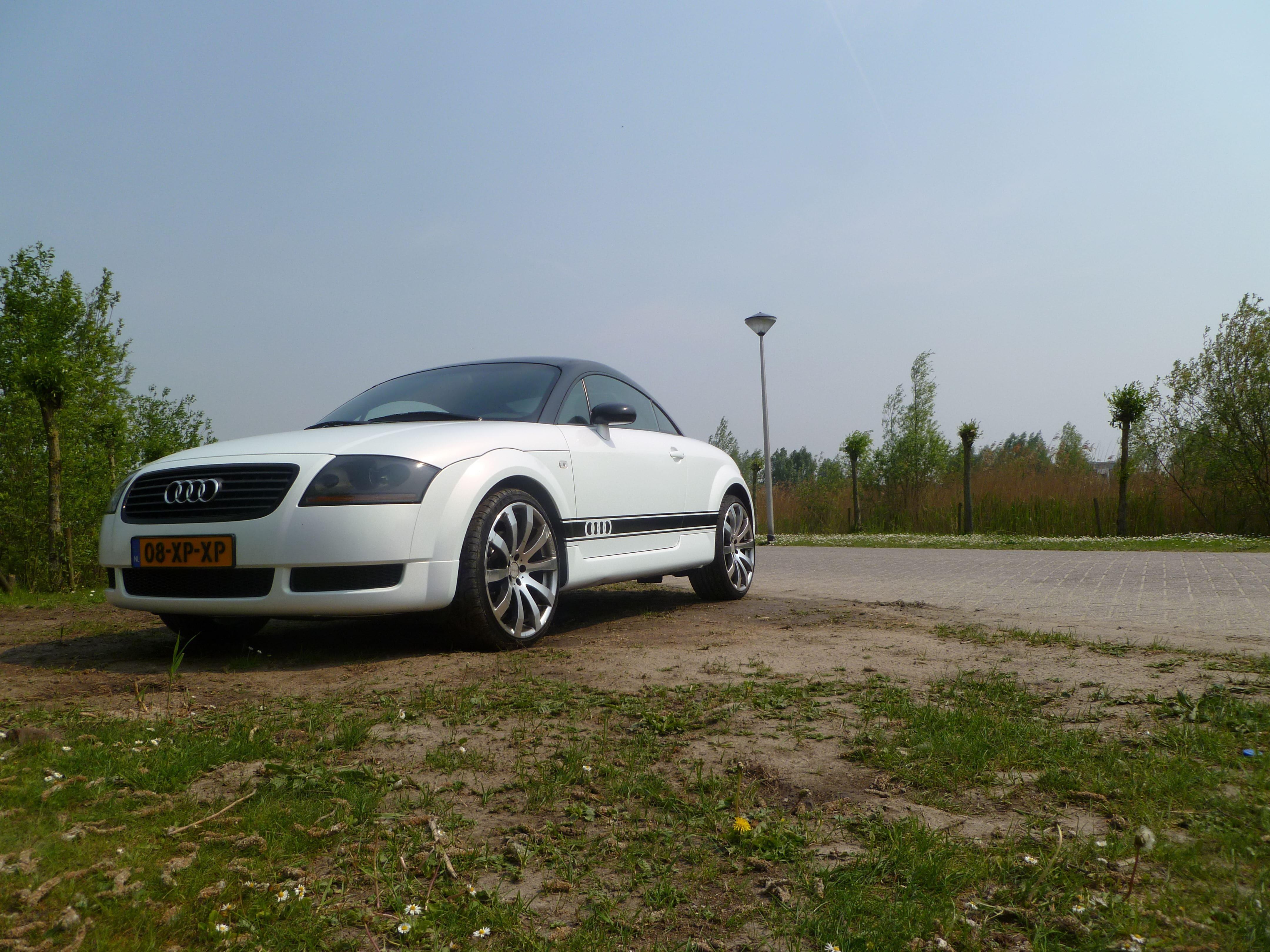 Audi TT met Witte Wrap, Carwrapping door Wrapmyride.nu Foto-nr:5101, ©2021