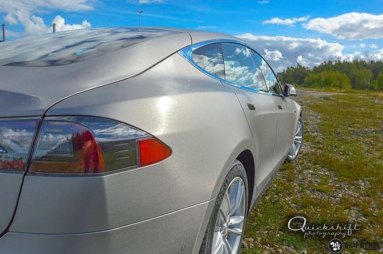 Tesla model S, Carwrapping door Wrapmyride.nu Foto-nr:8971, ©2021