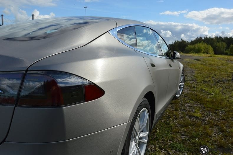 Tesla model S, Carwrapping door Wrapmyride.nu Foto-nr:8935, ©2021