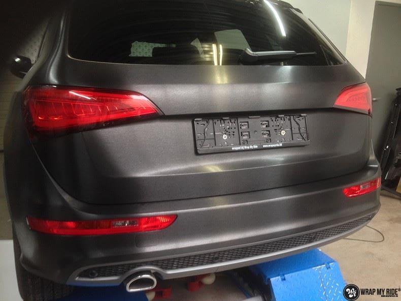 Audi Q5 Brushed black, Carwrapping door Wrapmyride.nu Foto-nr:8374, ©2020