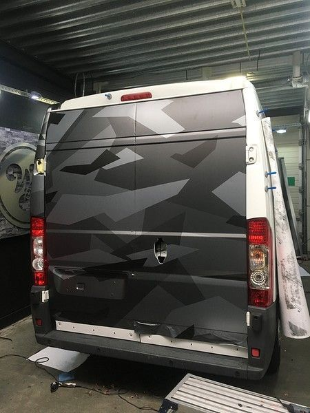 B2S CAMO wrap for the toughest, Carwrapping door Wrapmyride.nu Foto-nr:12429, ©2020