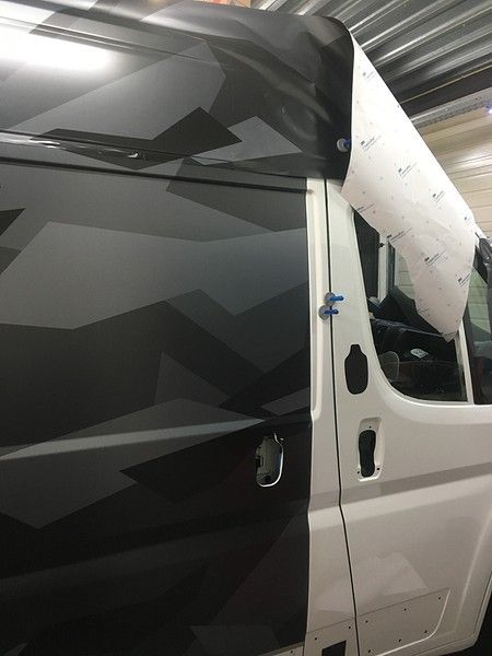 B2S CAMO wrap for the toughest, Carwrapping door Wrapmyride.nu Foto-nr:12423, ©2019