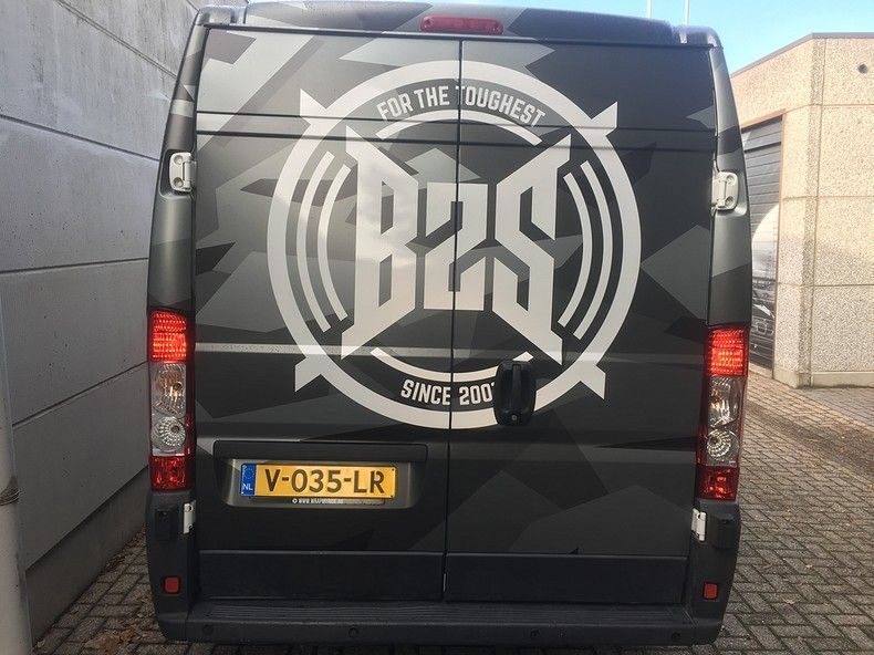 B2S CAMO wrap for the toughest, Carwrapping door Wrapmyride.nu Foto-nr:12405, ©2021